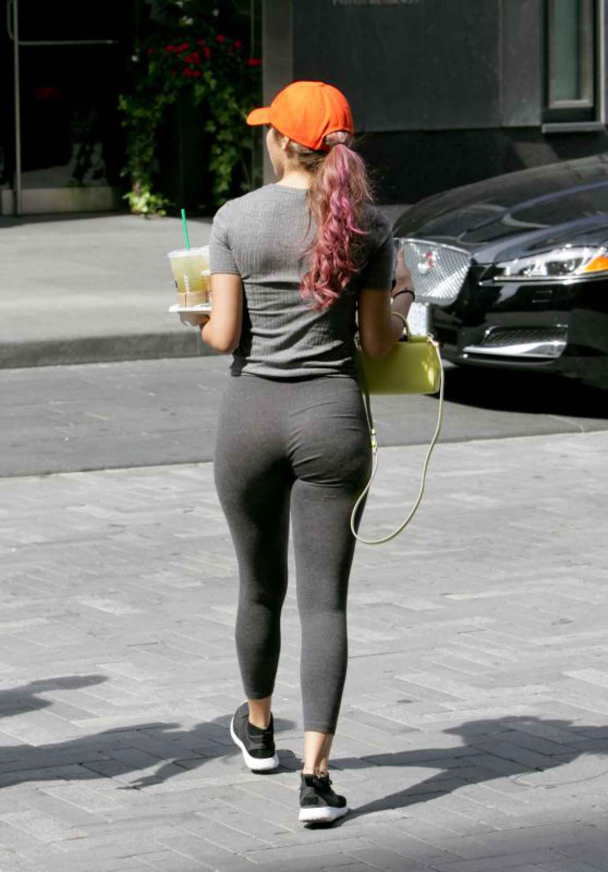 Chantel Jeffries Booty in Tights - Visited a Starbucks and Left With a Tray of Beverages in Toronto-1