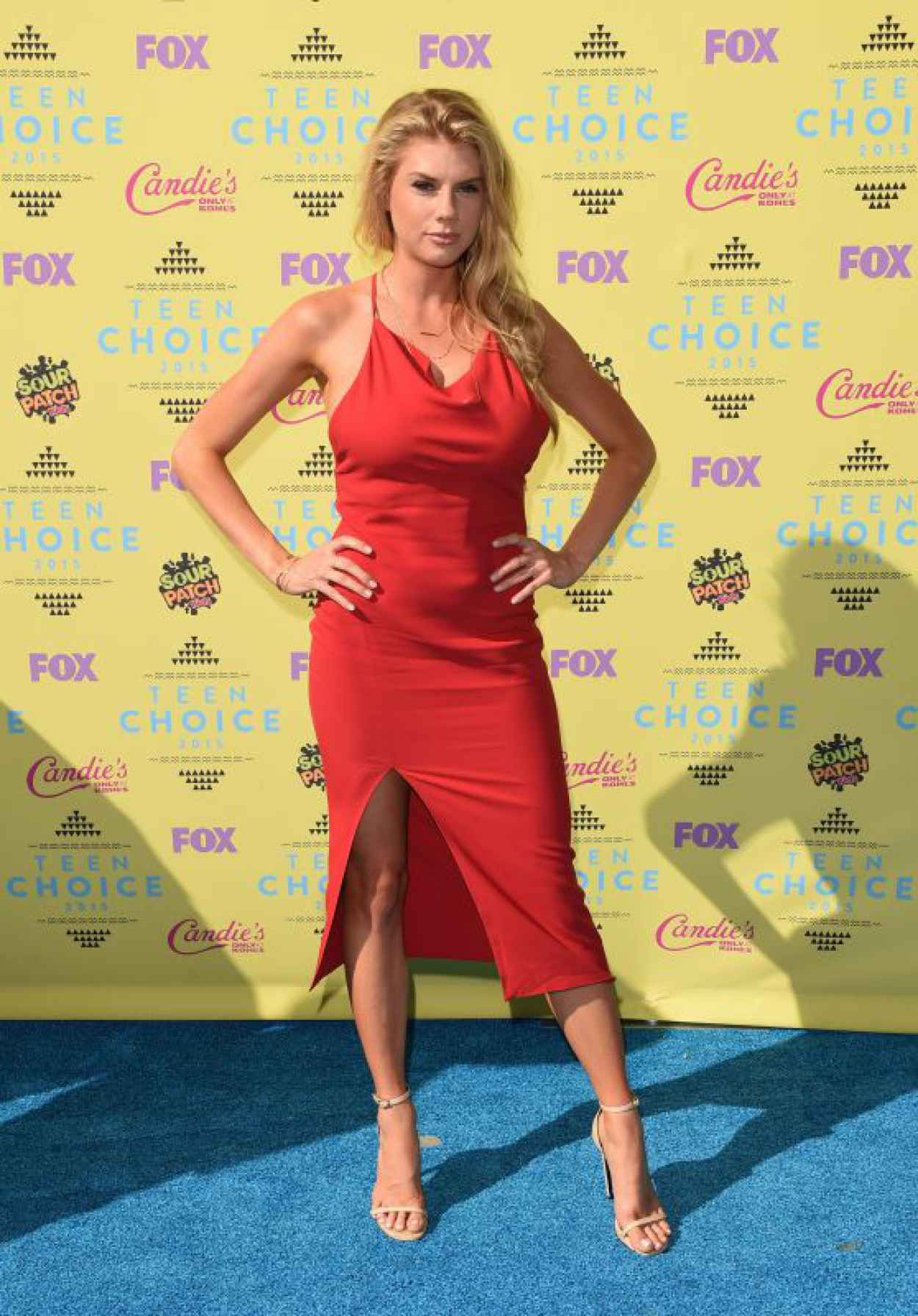 Charlotte McKinney - 2015 Teen Choice Awards in Los Angeles-1