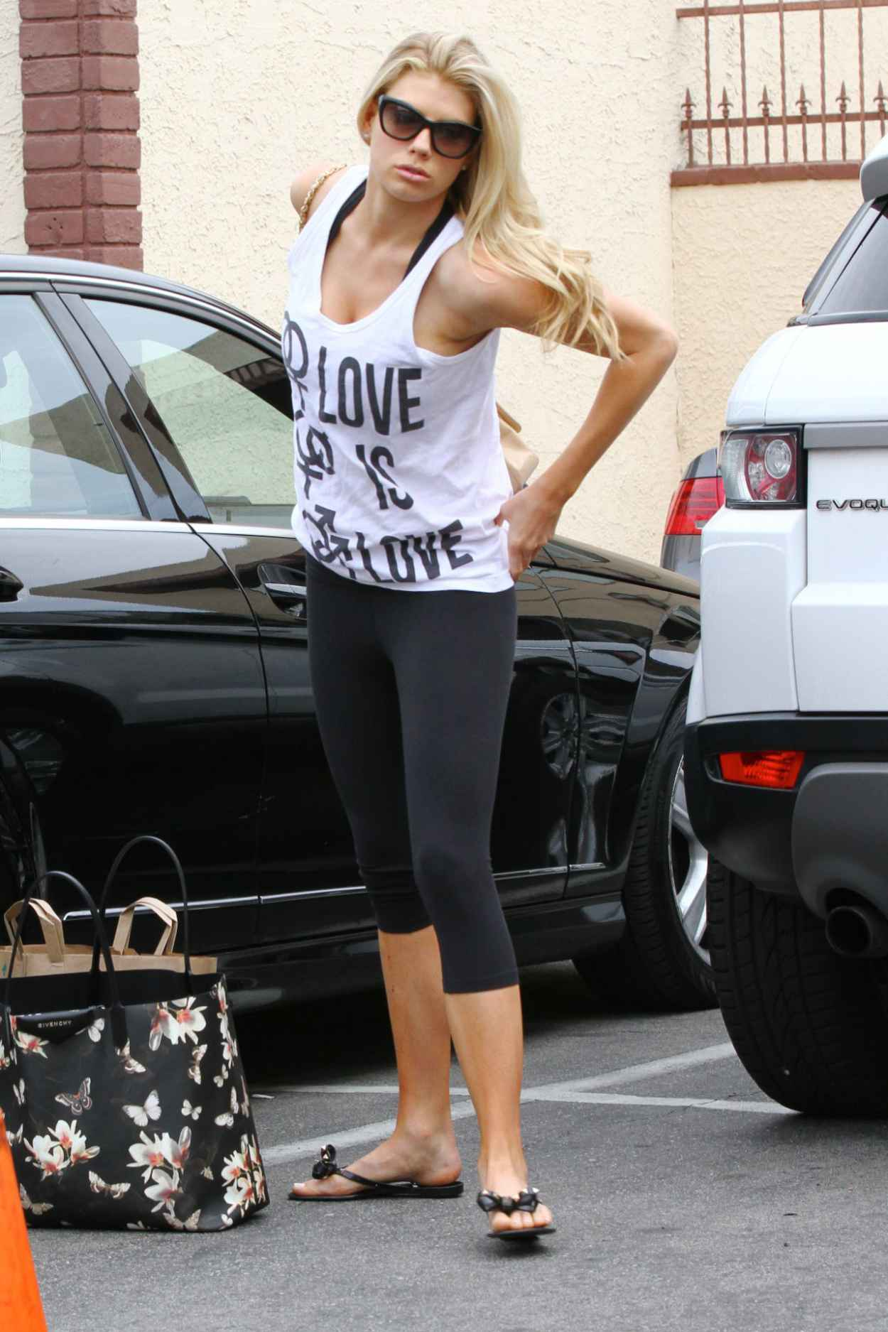 Charlotte McKinney in Leggings - DWTS Rehearsal Arrival, March 2015-1