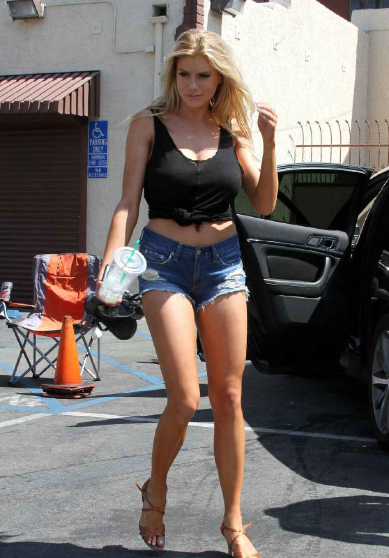 Charlotte McKinney Leggy in Jeans Shorts - DWTS Rehearsals in LA - March 2015-1