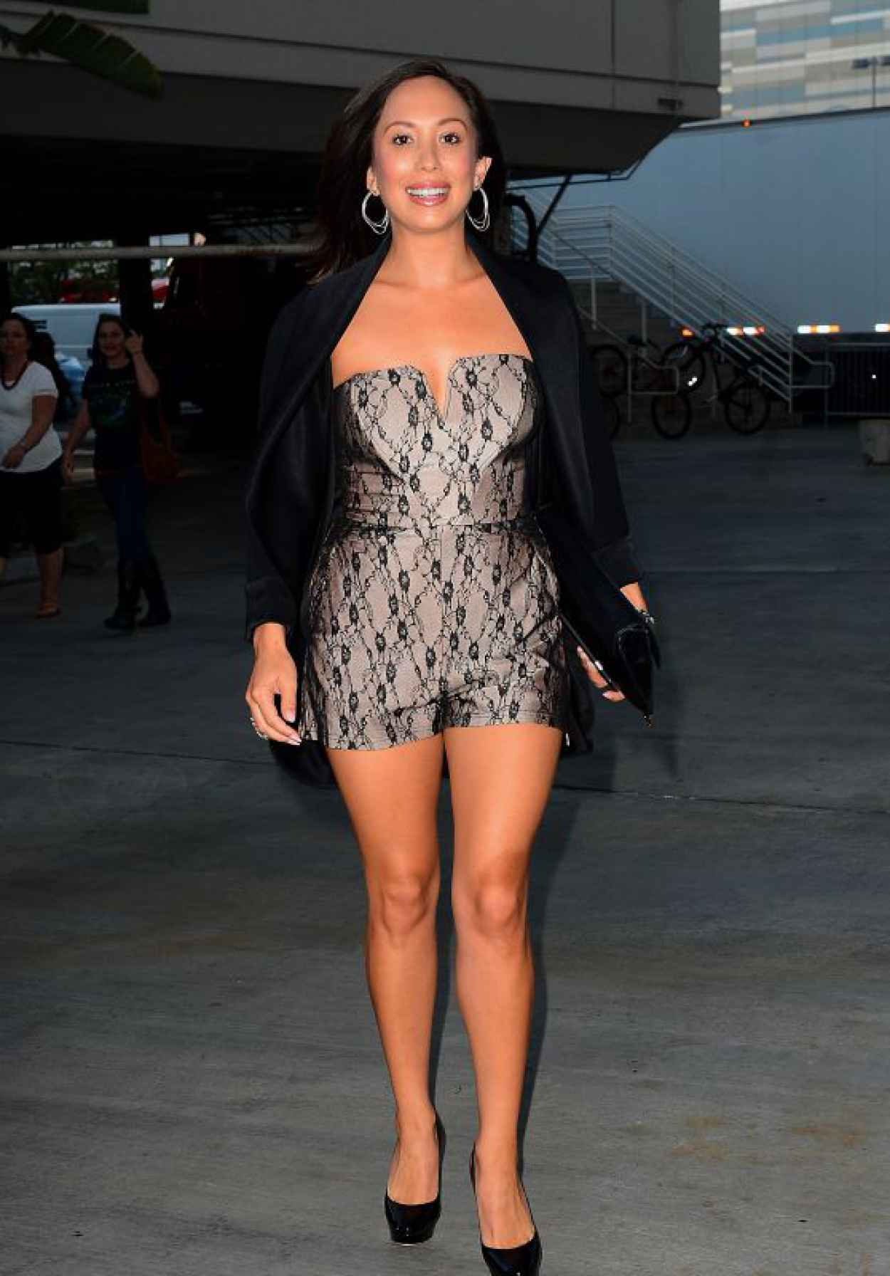 Cheryl Burke at the Taylor Swift Concert in Los Angeles, August 2015-1
