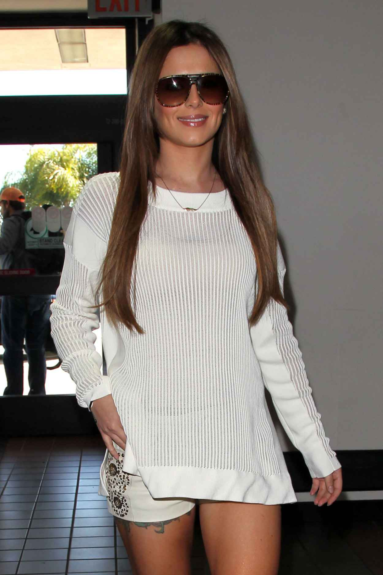 Cheryl Cole Street Style - in White Knit Alexander Wang Sweaterat at LAX Airport-4