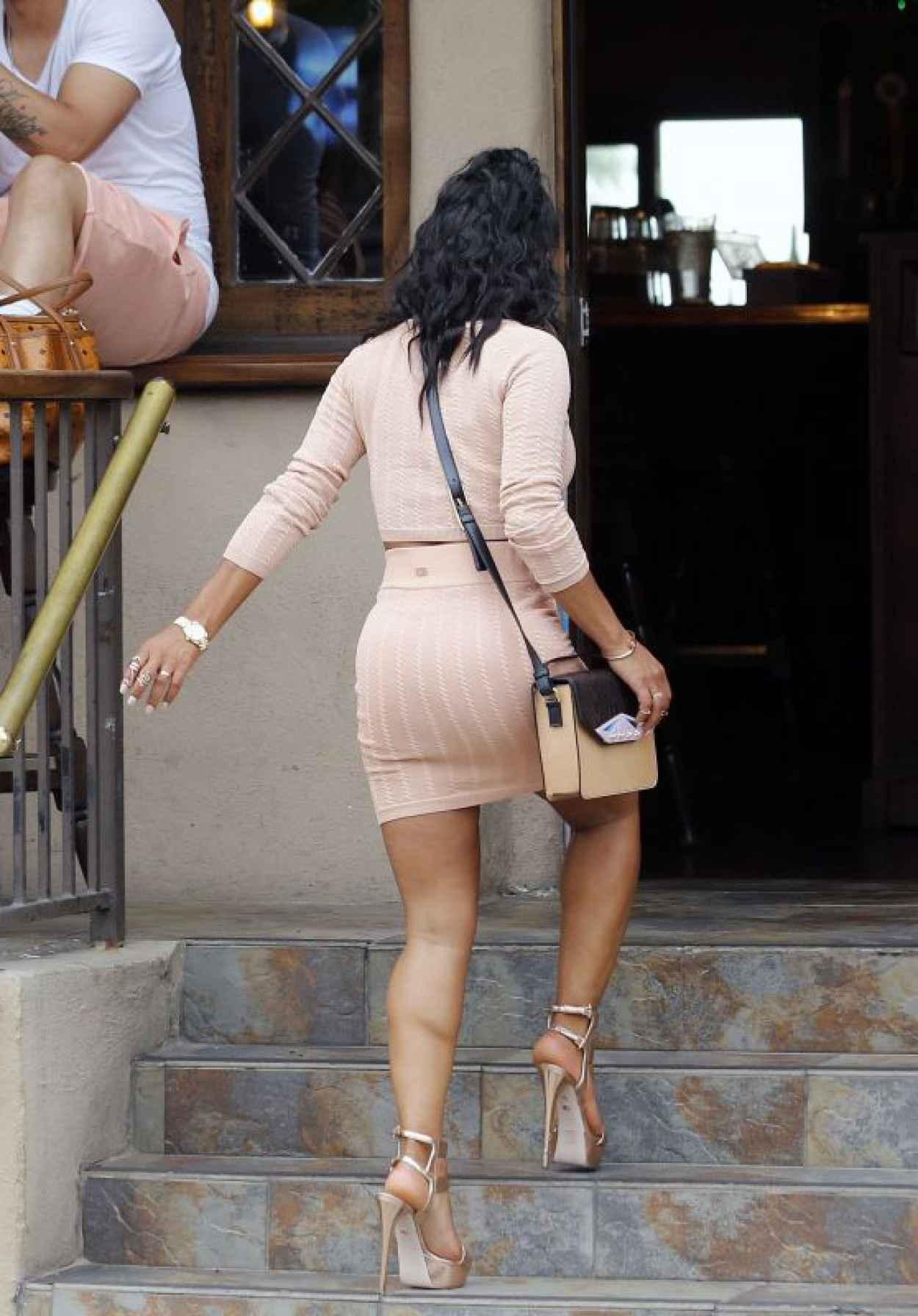 Christina Milian Street Fashion - On Set of Christina Milian Turned Up in Los Angeles-1