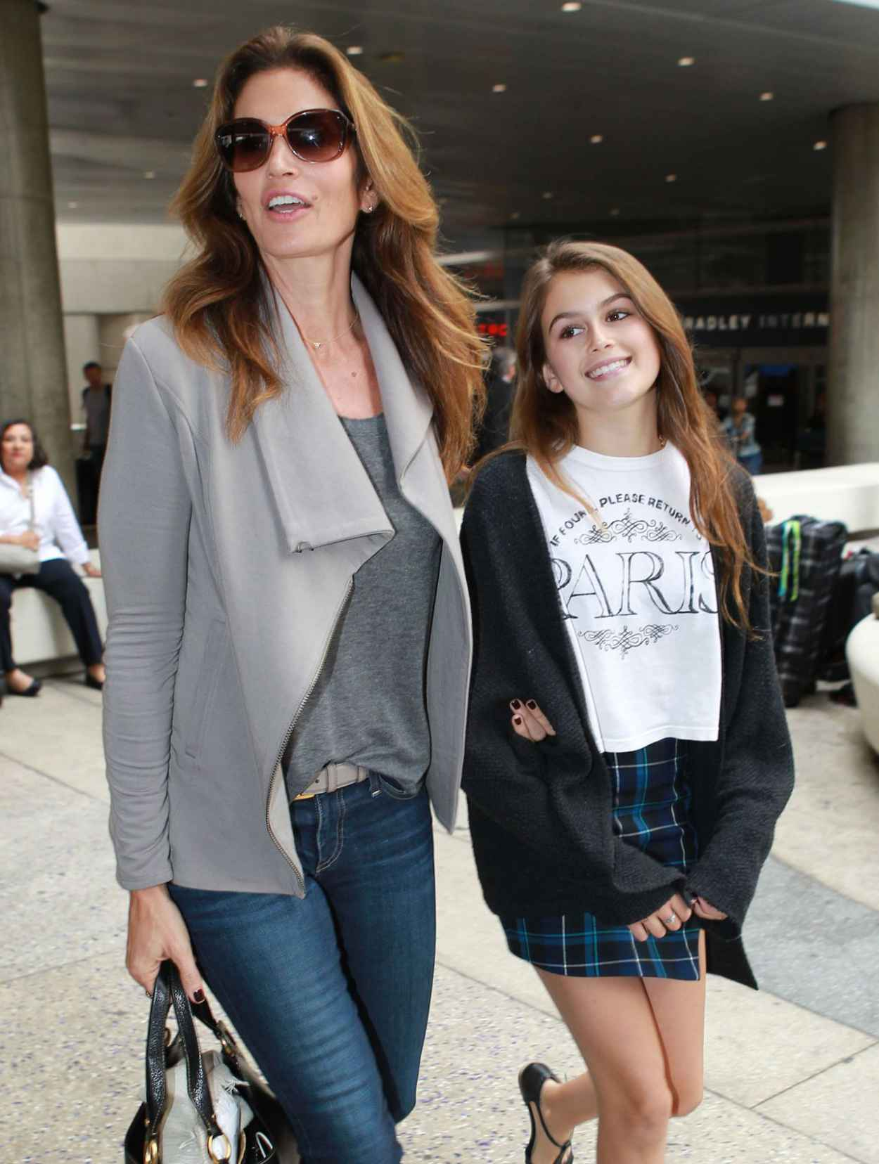 Cindy Crawford and Kaia Jordan Gerber at LAX Airport - May 2015-1