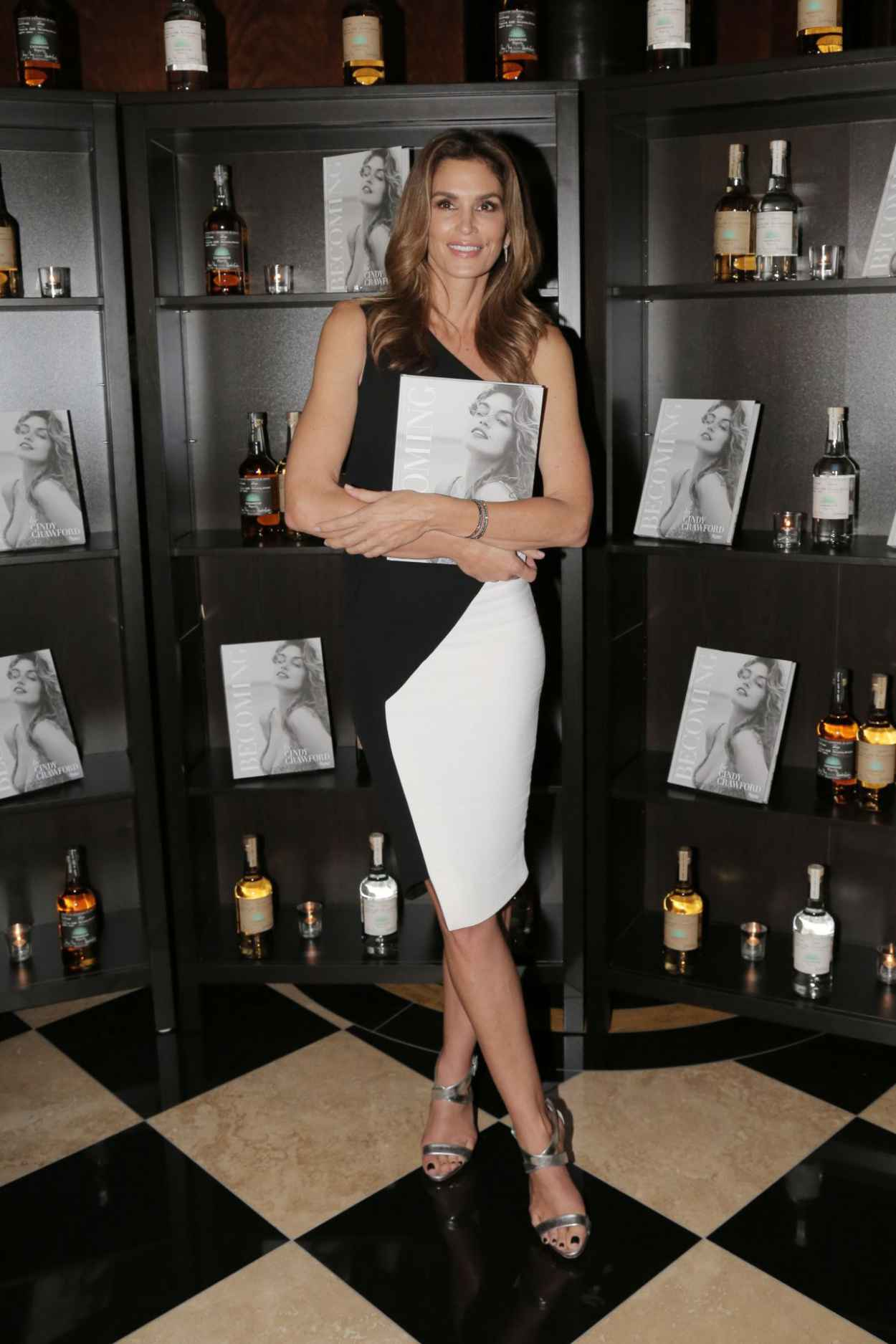 Cindy Crawford - at Her Becoming Book Launch in London, October 2015-5
