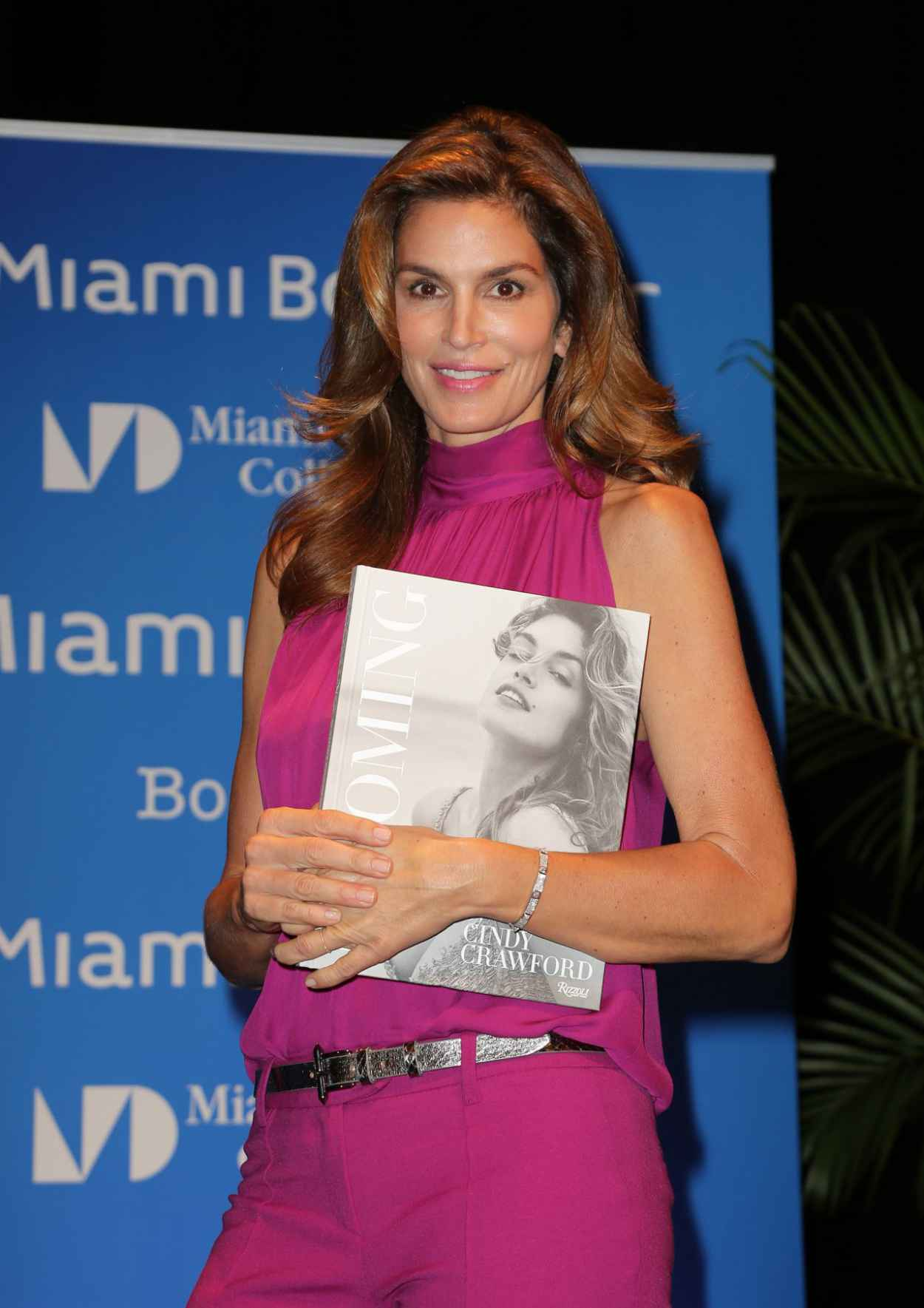 Cindy Crawford - Books and Books Presents an Evening With Cindy Crawford in Miami-4