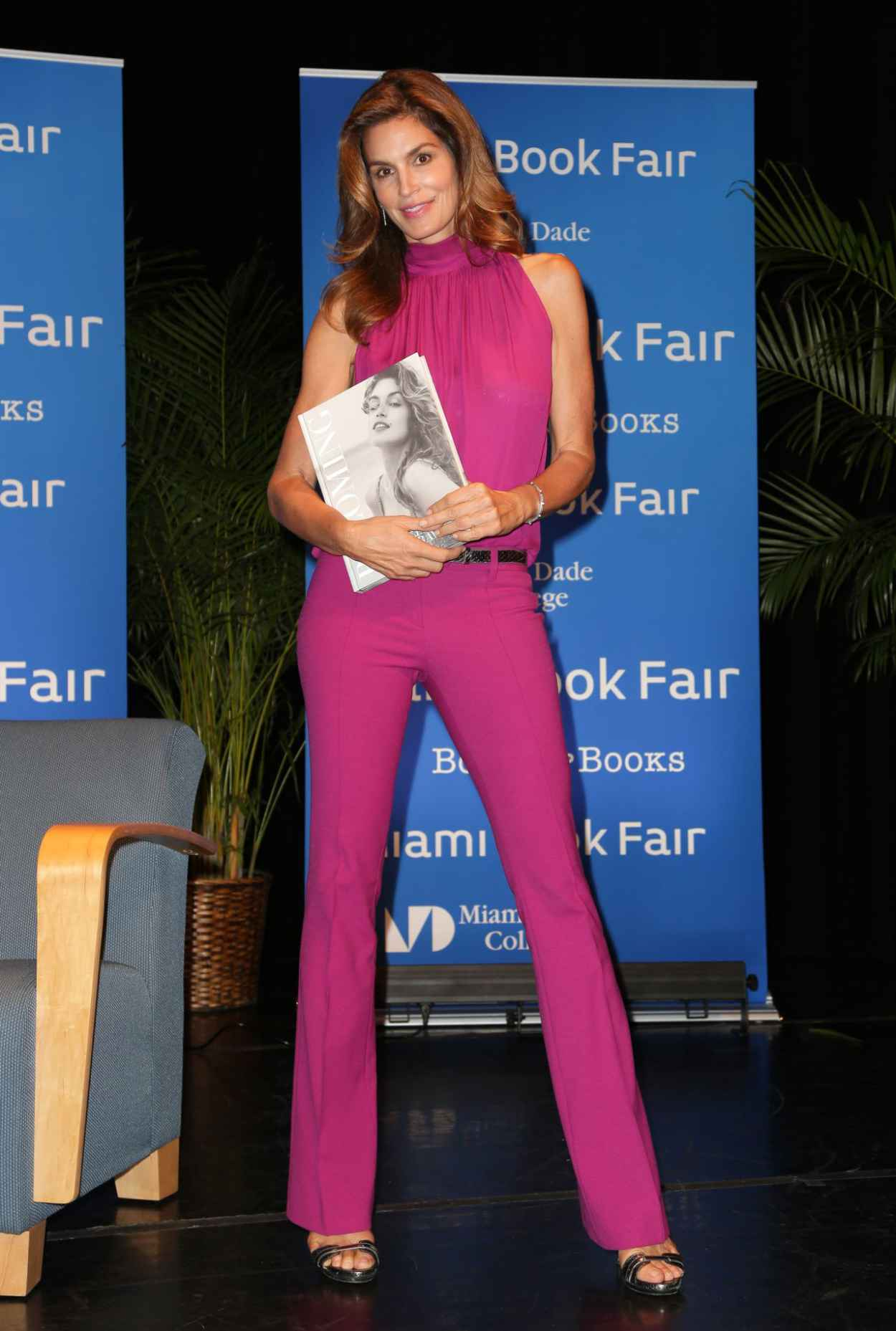 Cindy Crawford - Books and Books Presents an Evening With Cindy Crawford in Miami-5