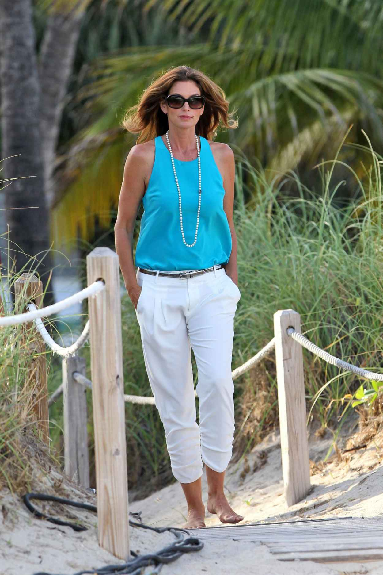 Cindy Crawford Filming a Commercial on Miami Beach - September 2015-1