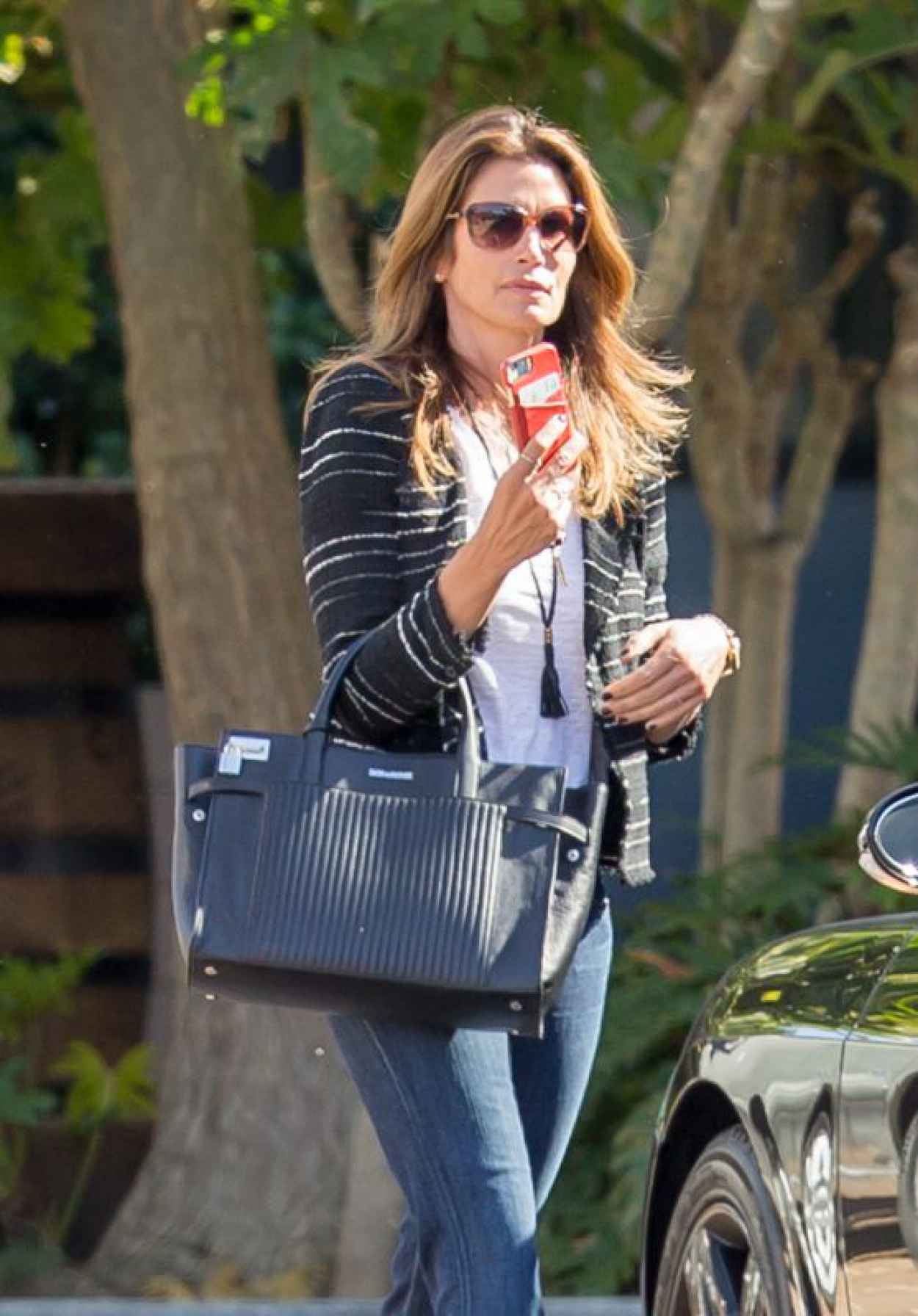 Cindy Crawford - Out Shopping in Malibu, April 2015-1