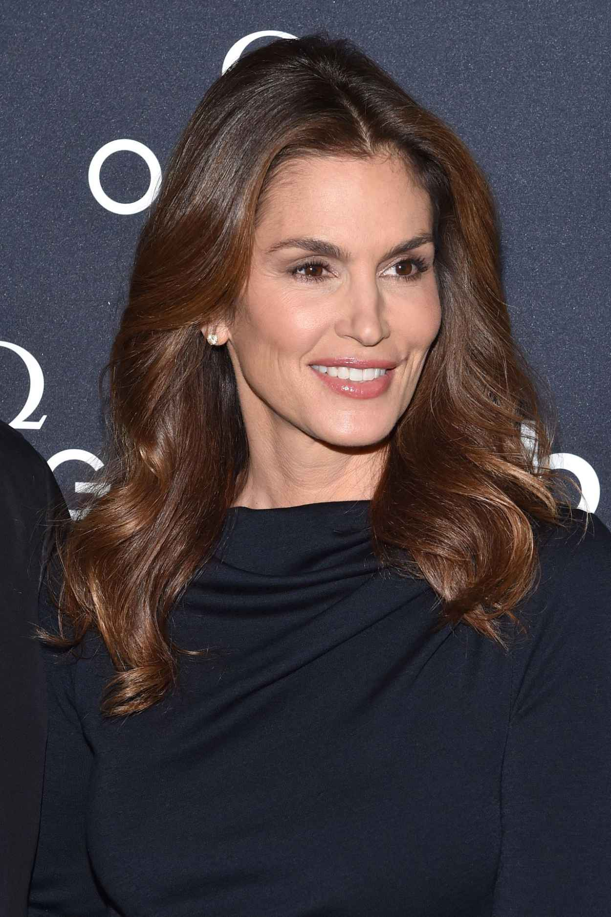 Cindy Crawford Red Carpet Pics - The Hospital in the Sky Screening in New York City-1