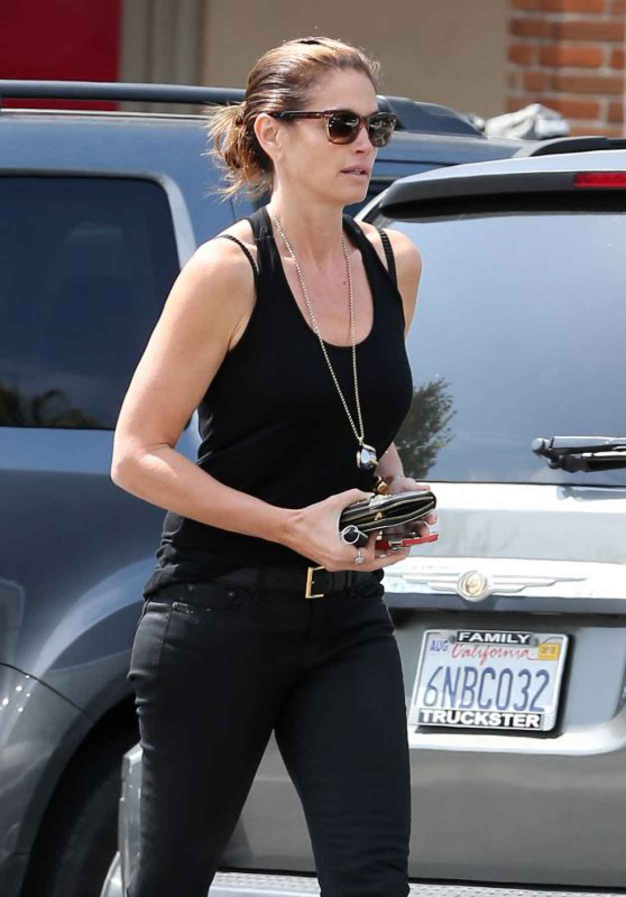 Cindy Crawford - Walking Back to Her Car After a Meeting in Malibu-1