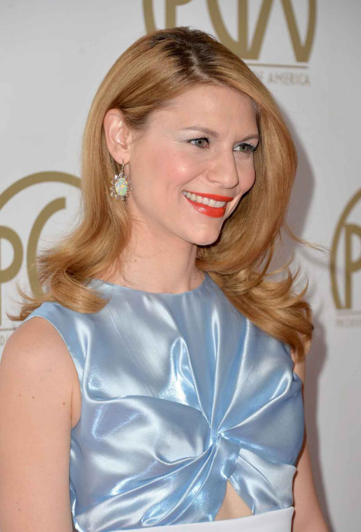Claire Danes Wears Christian Dior at 2015 Producers Guild of America Awards in Beverly Hills-1