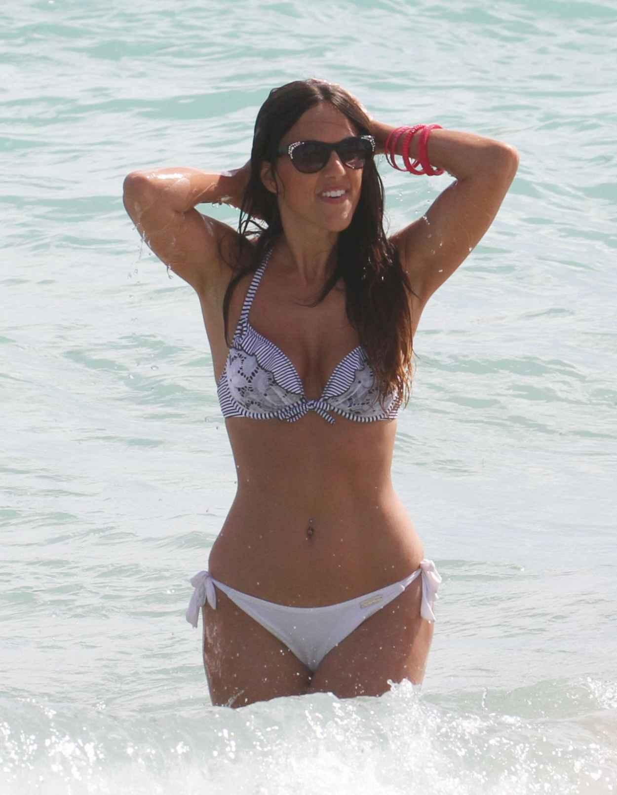Claudia Romani Hot in Bikini - Showing off her Toned Body at a Beach in Miami - February 2015-5