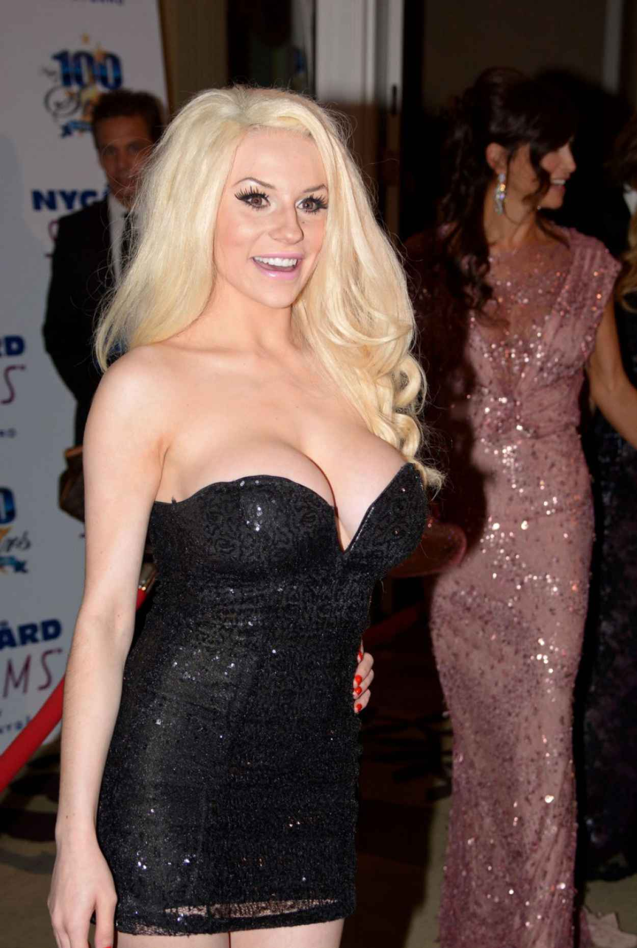 Courtney Stodden At The Night Of 100 Stars Oscar Viewing Party - March 2015-1