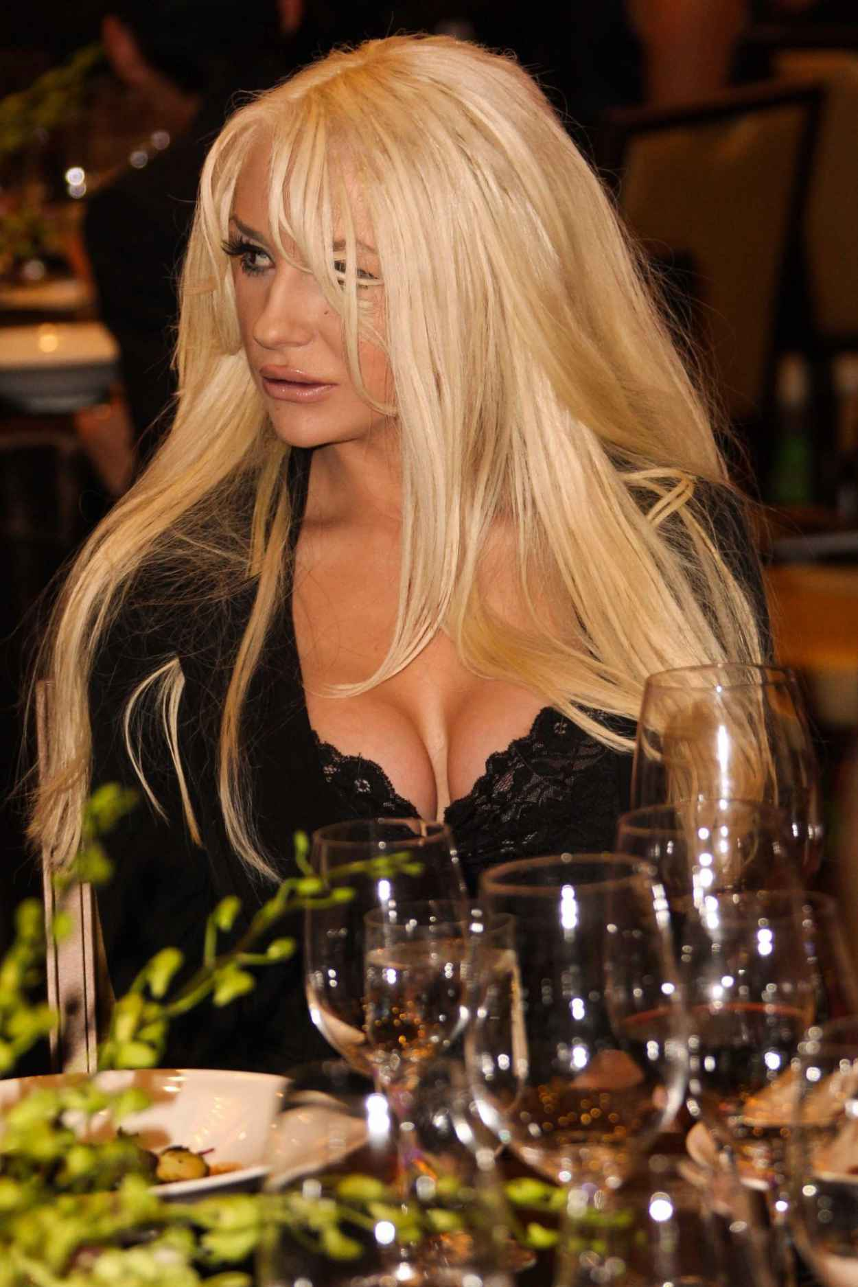 Courtney Stodden Attends LA Police Protective League Foundation - November 2015-2