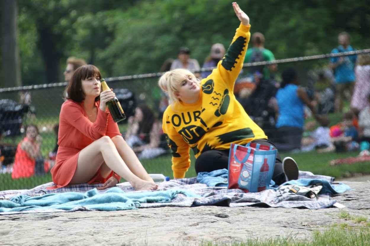 Dakota Johnson €� How To Be Single Movie Set In New York City, May 2015