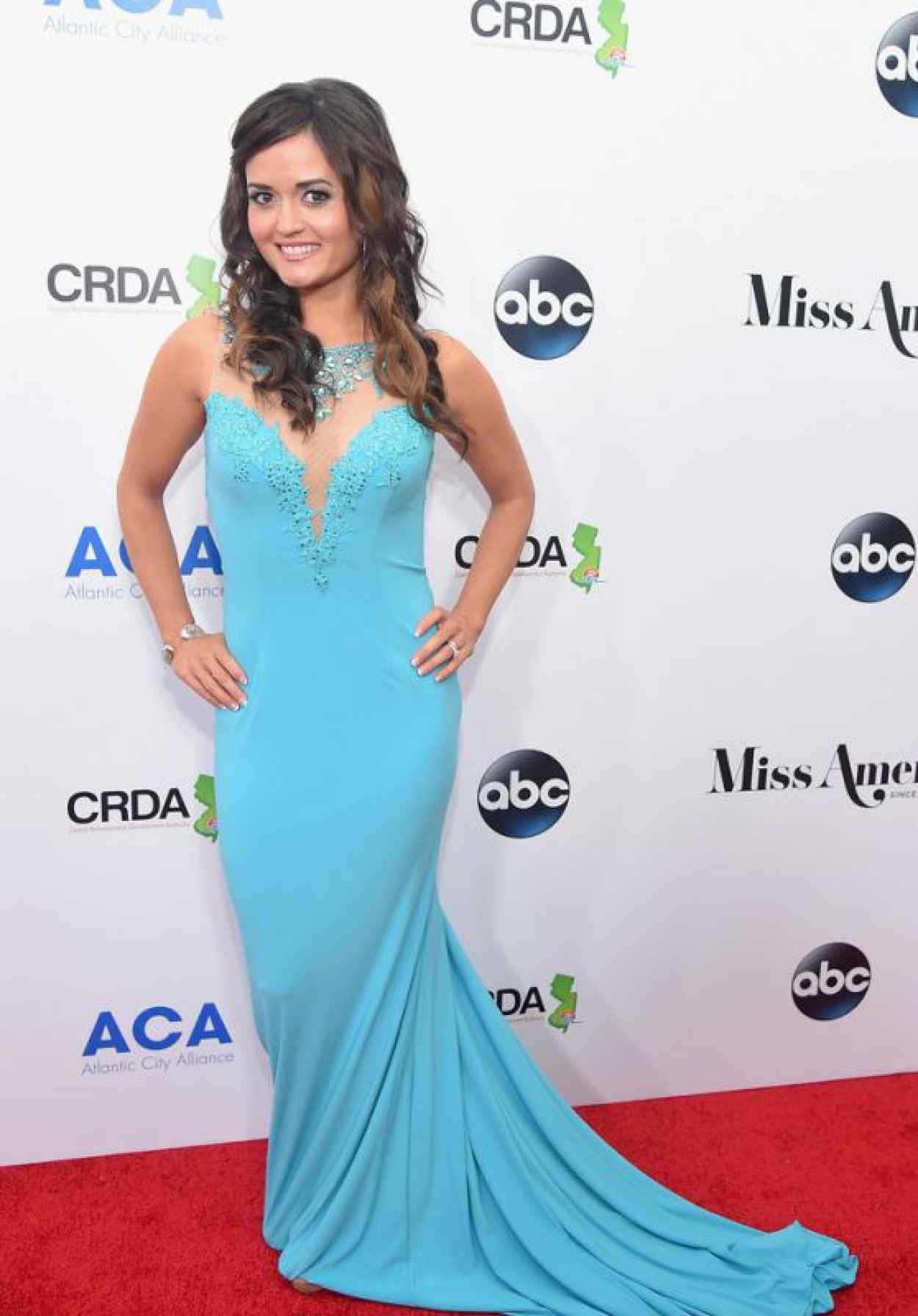 Danica McKellar - 2016 Miss America Competition in Atlantic City-1