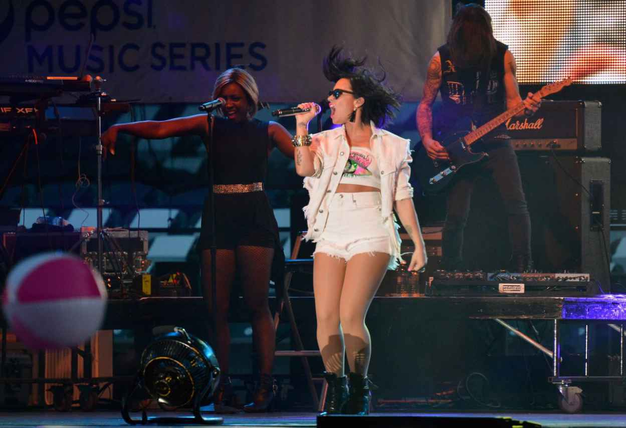Demi Lovato Performing at the 2015 MLB All-Star Game in Cincinnati-5