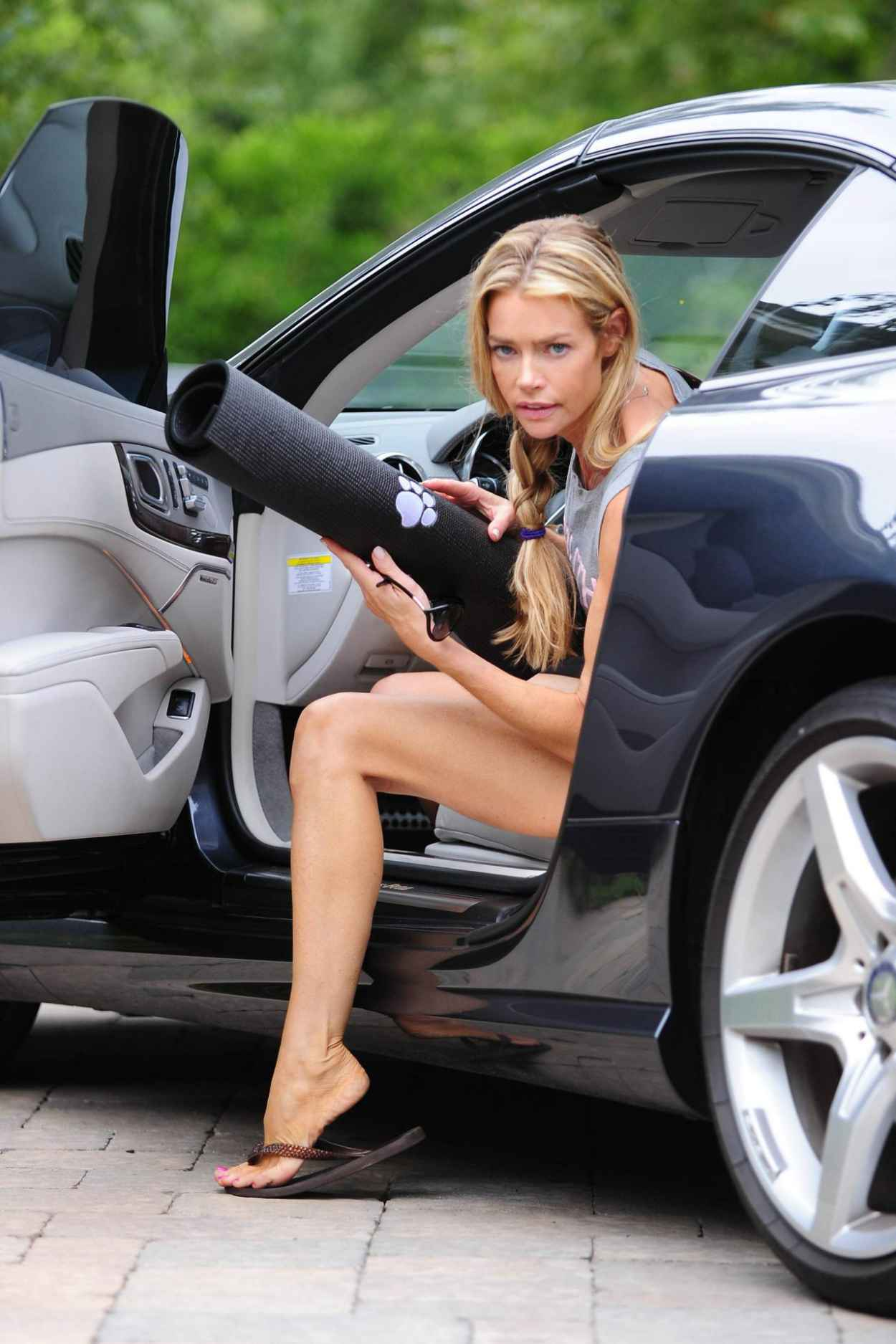 Denise Richards Leggy in Shorts at a Yoga Studio in Los Angeles, July 2015-2