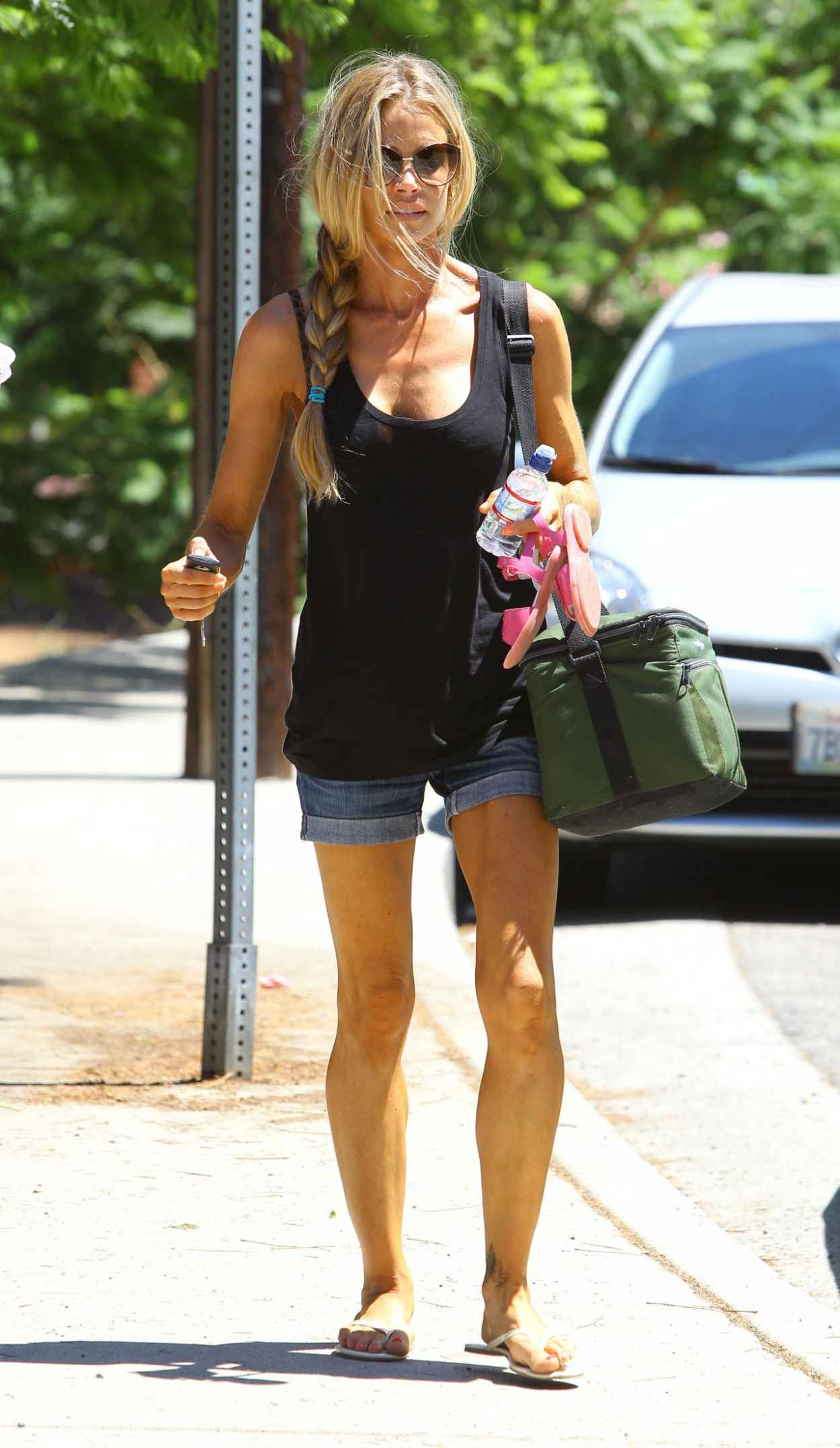 Denise Richards Street Style - Coldwater Park in Beverly Hills - August 2015-1