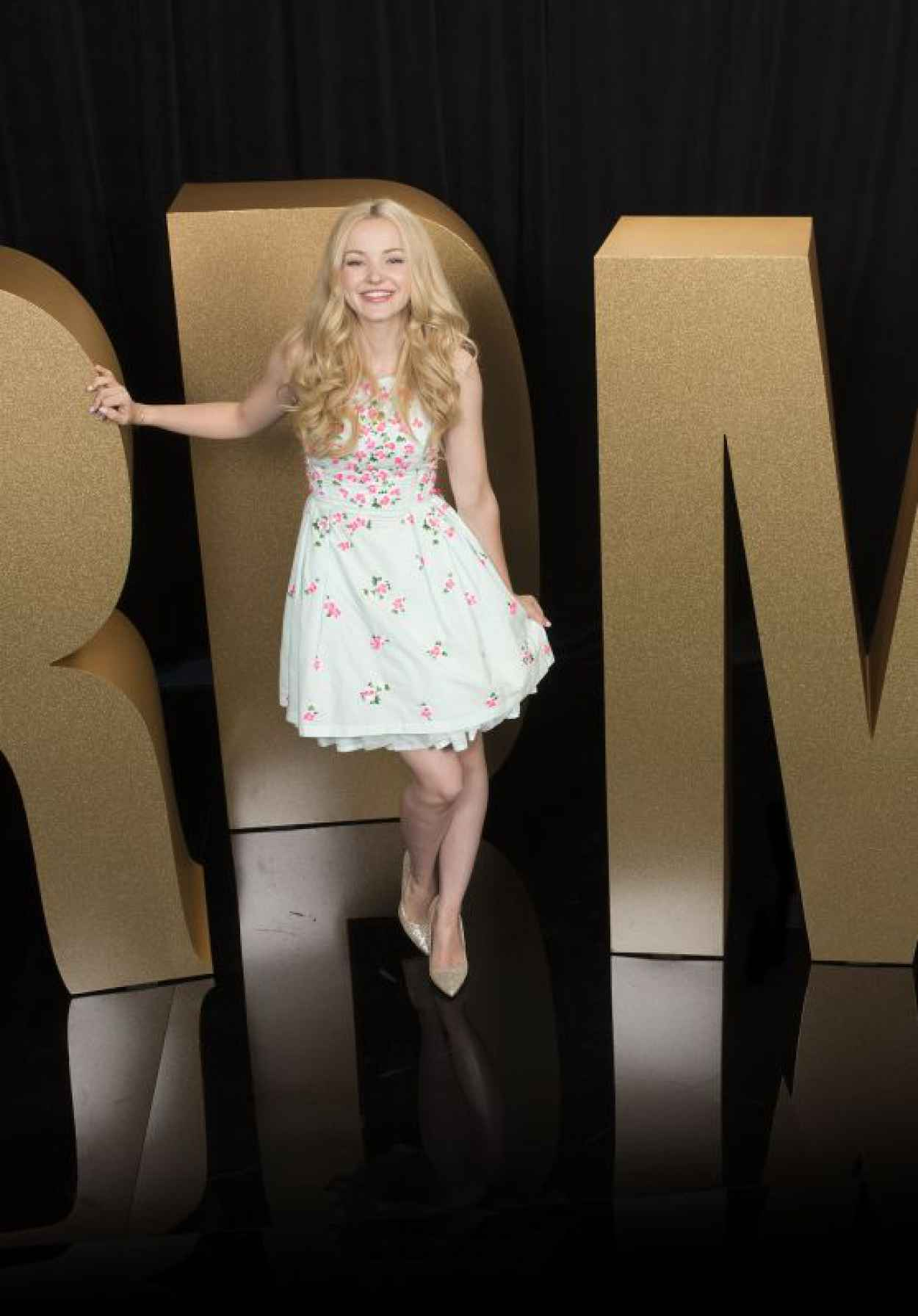 Dove Cameron - 2015 Radio Disney Music Awards Portrait Session-1