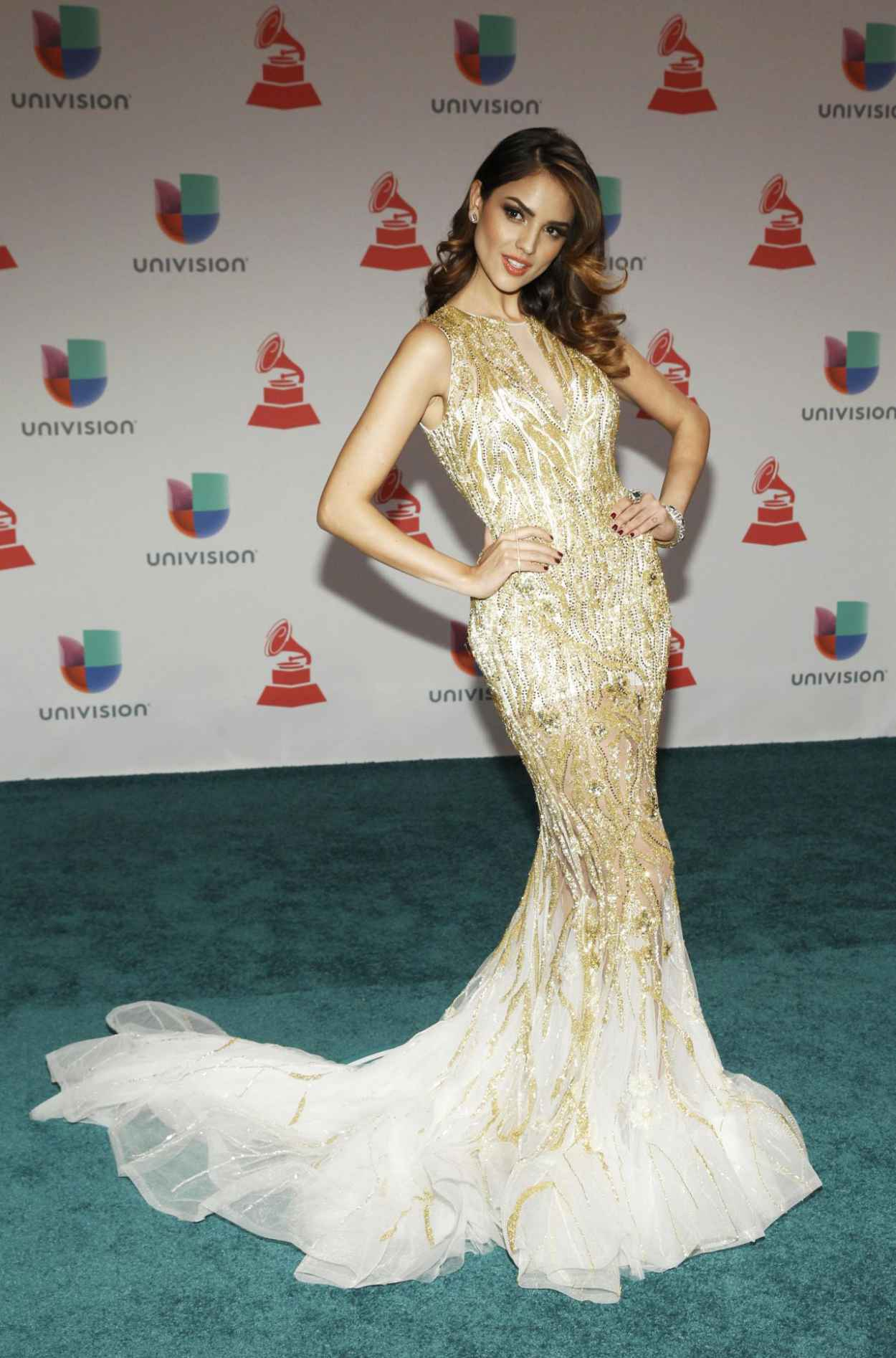 Eiza Gonzalez - 2015 Latin GRAMMY Awards in Las Vegas-1