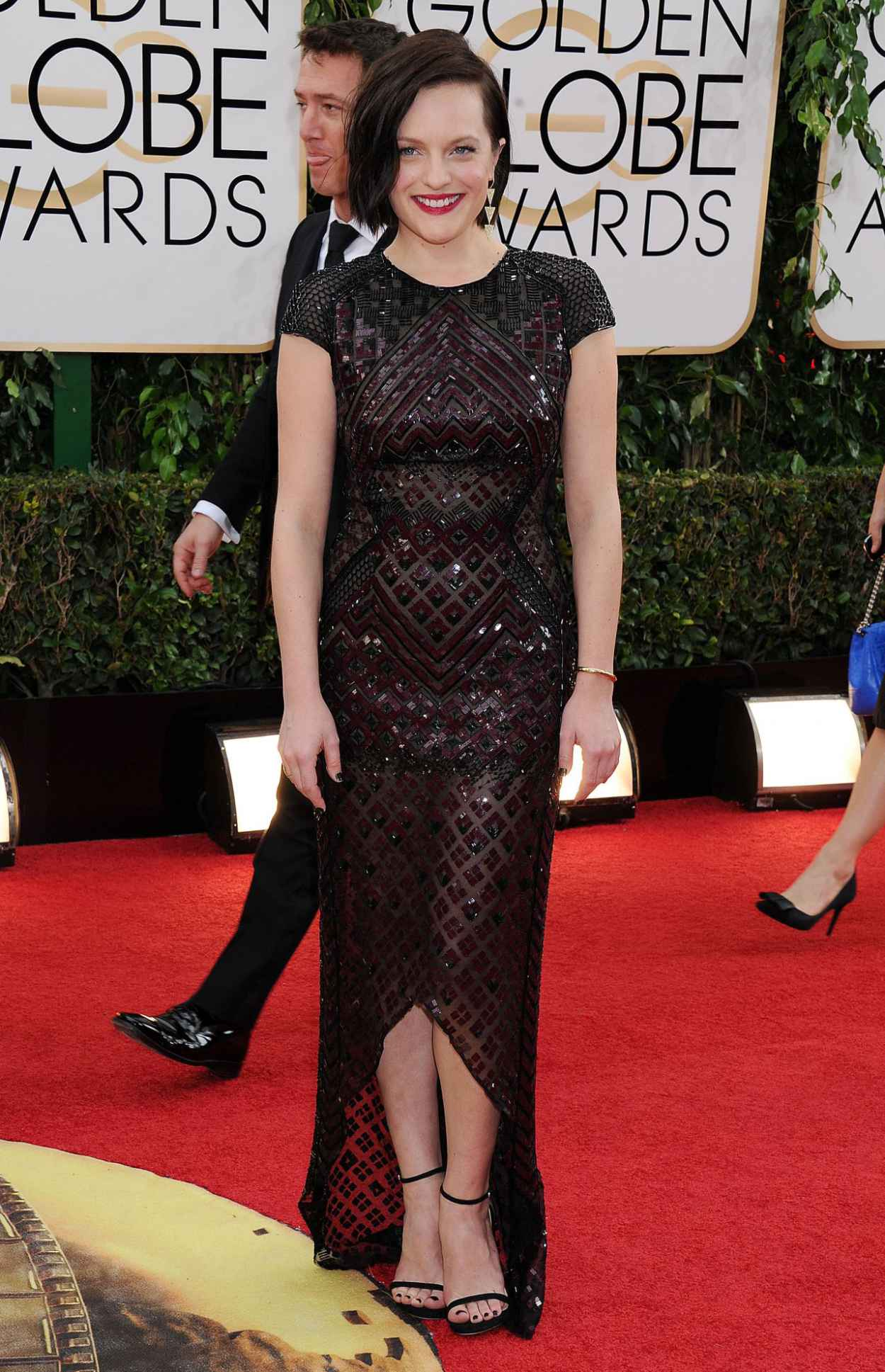Elisabeth Moss Wears J. Mendel at 71st Annual Golden Globe Awards Red Carpet-1