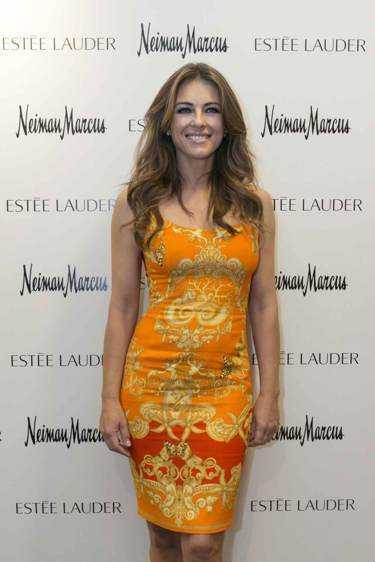 Elizabeth Hurley at Estee Lauder Shop And Compact Museum Opening in Dallas - June 2015-1