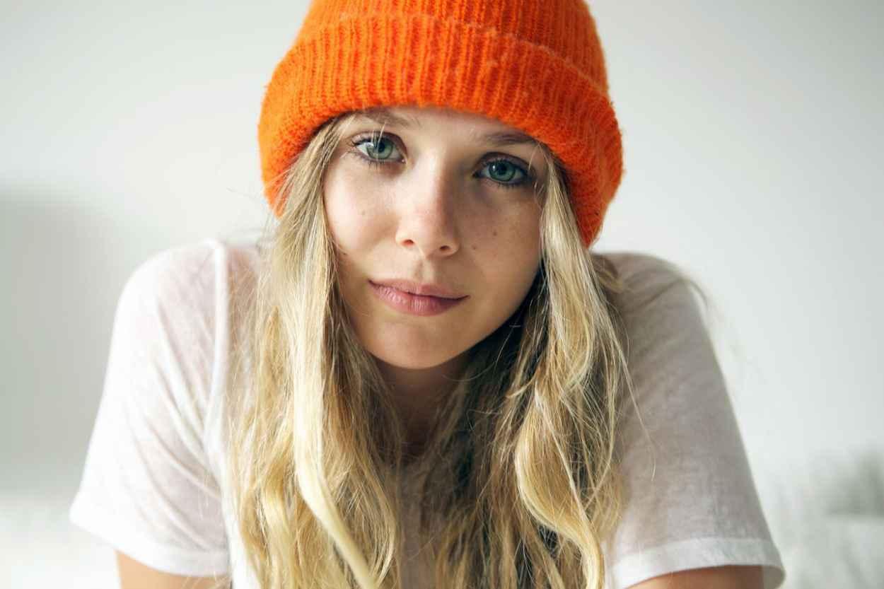 Elizabeth Olsen - Frances Tulk-Hart Photoshoot for 5 Minutes With Franny - December 2015-1