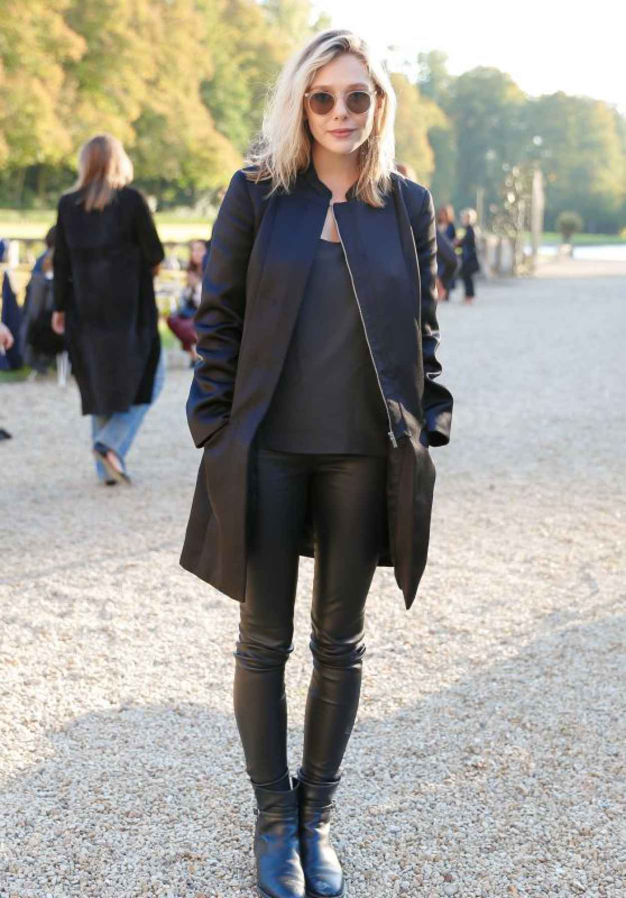 Elizabeth Olsen - The Row Fashion Show at Paris Fashion Week, October 2015-1