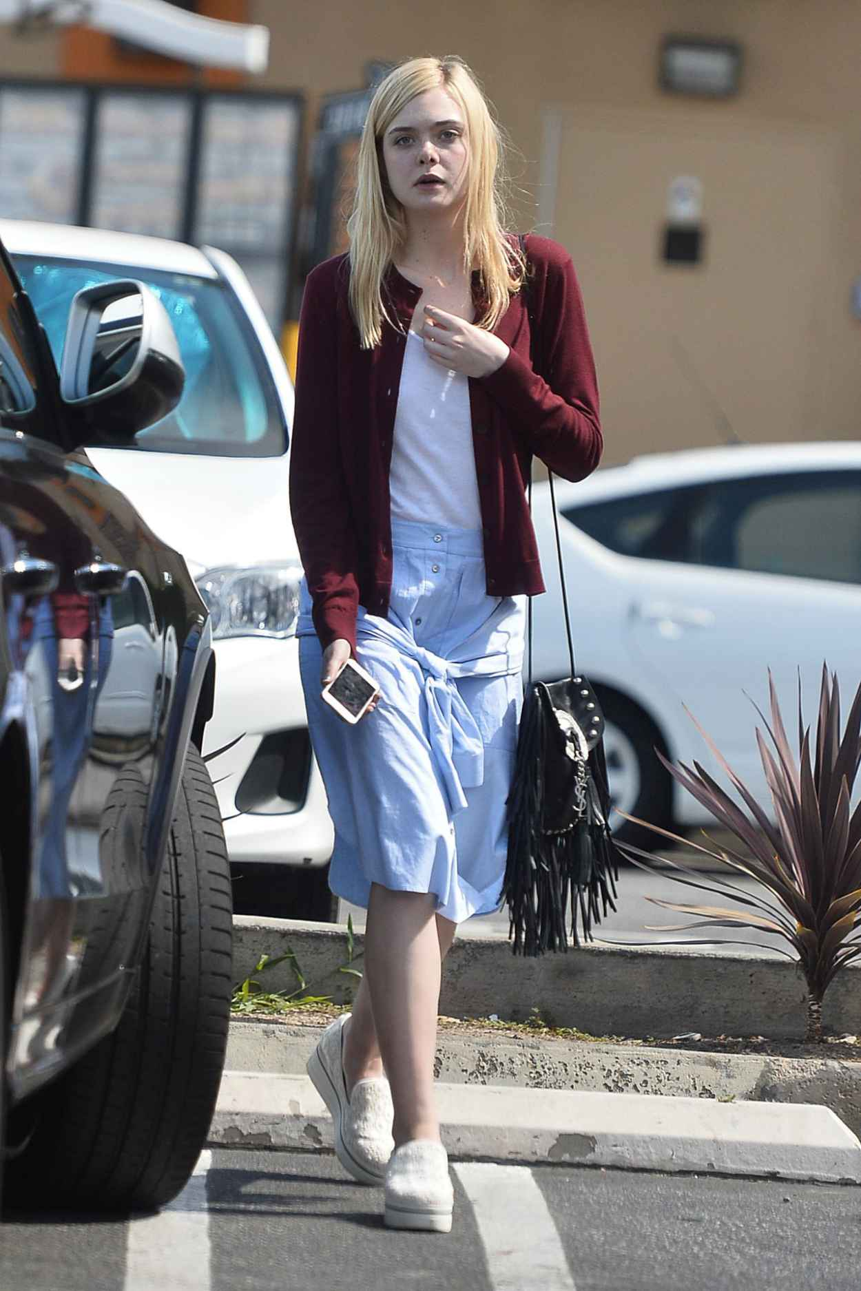 Elle Fanning Street Style Los Angeles June 2015