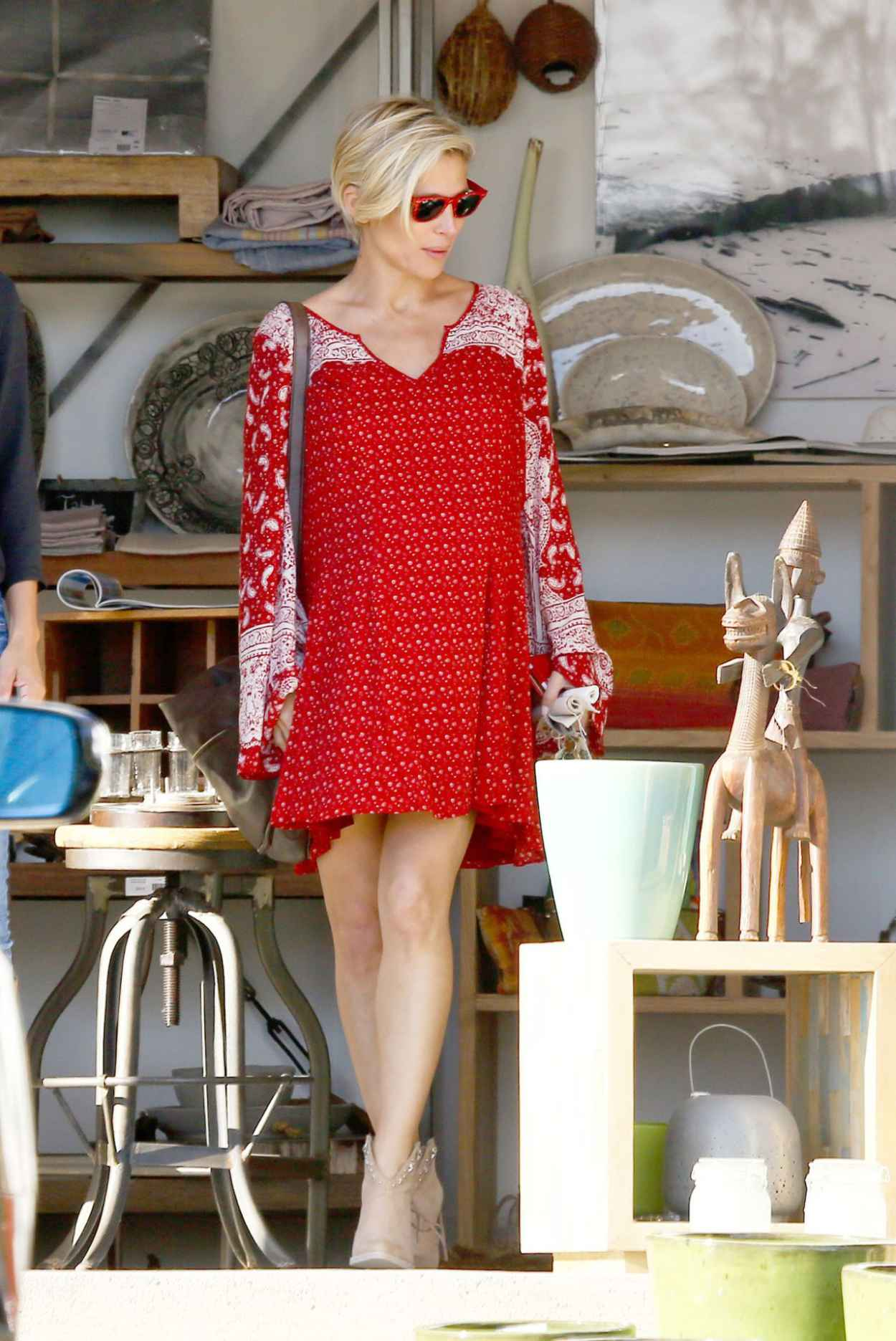 Elsa Pataky - Malibu Design Center in Malibu - February 2015-3