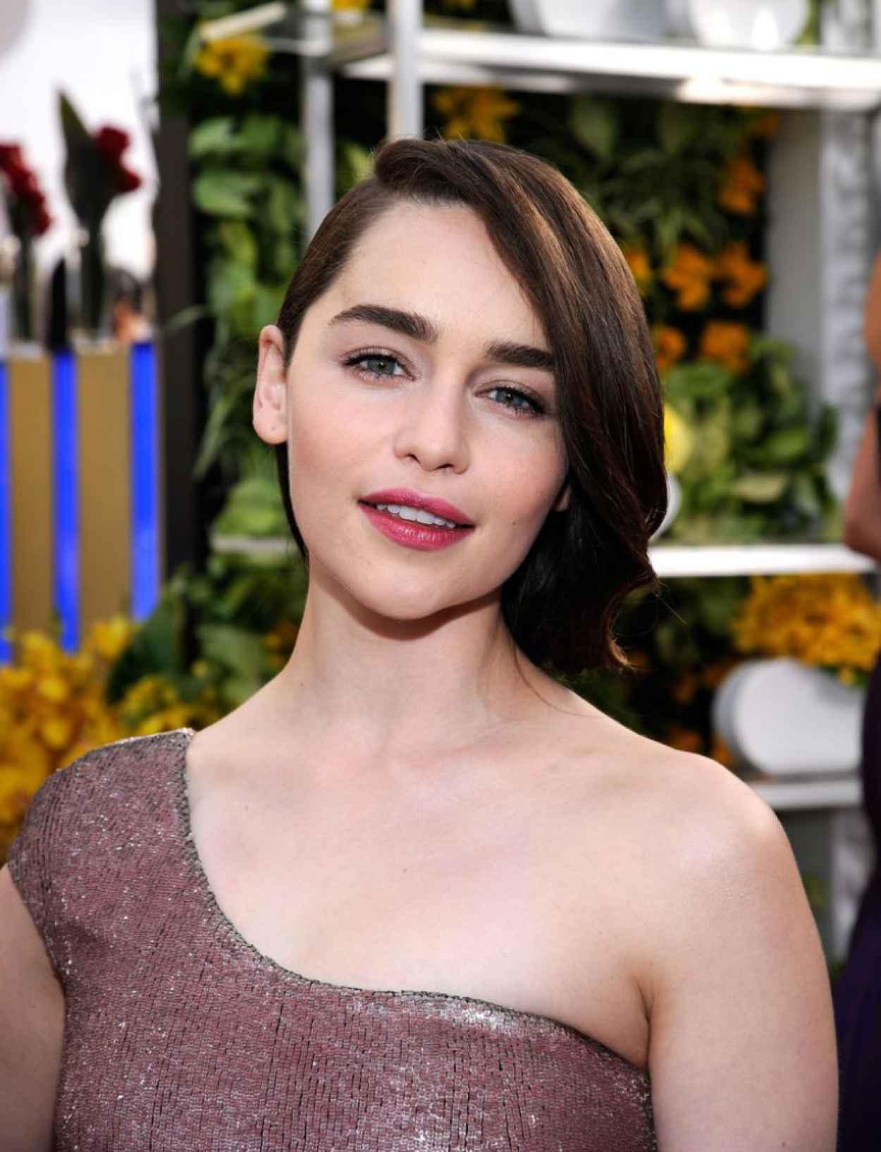 Emilia Clarke - 2015 SAG Awards - January 2015-1