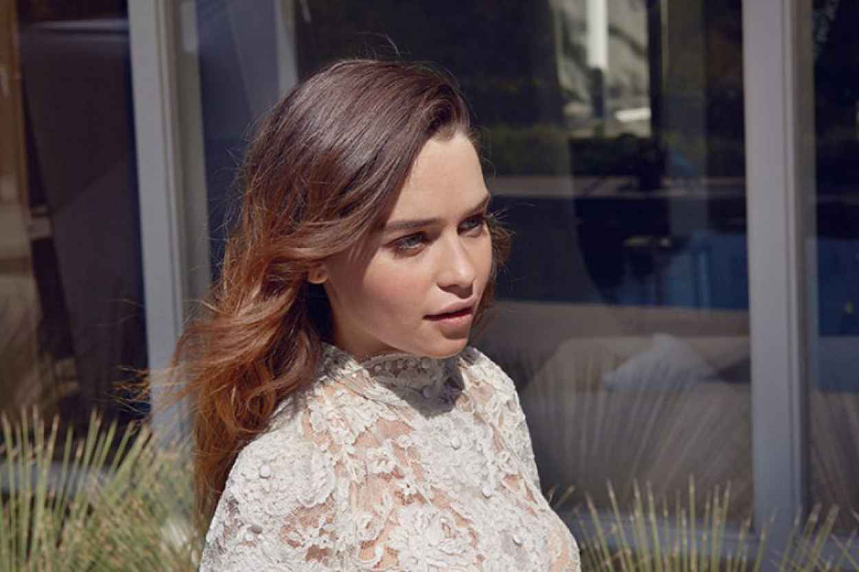 Emilia Clarke Photoshoot - The Observer - October 2015-1