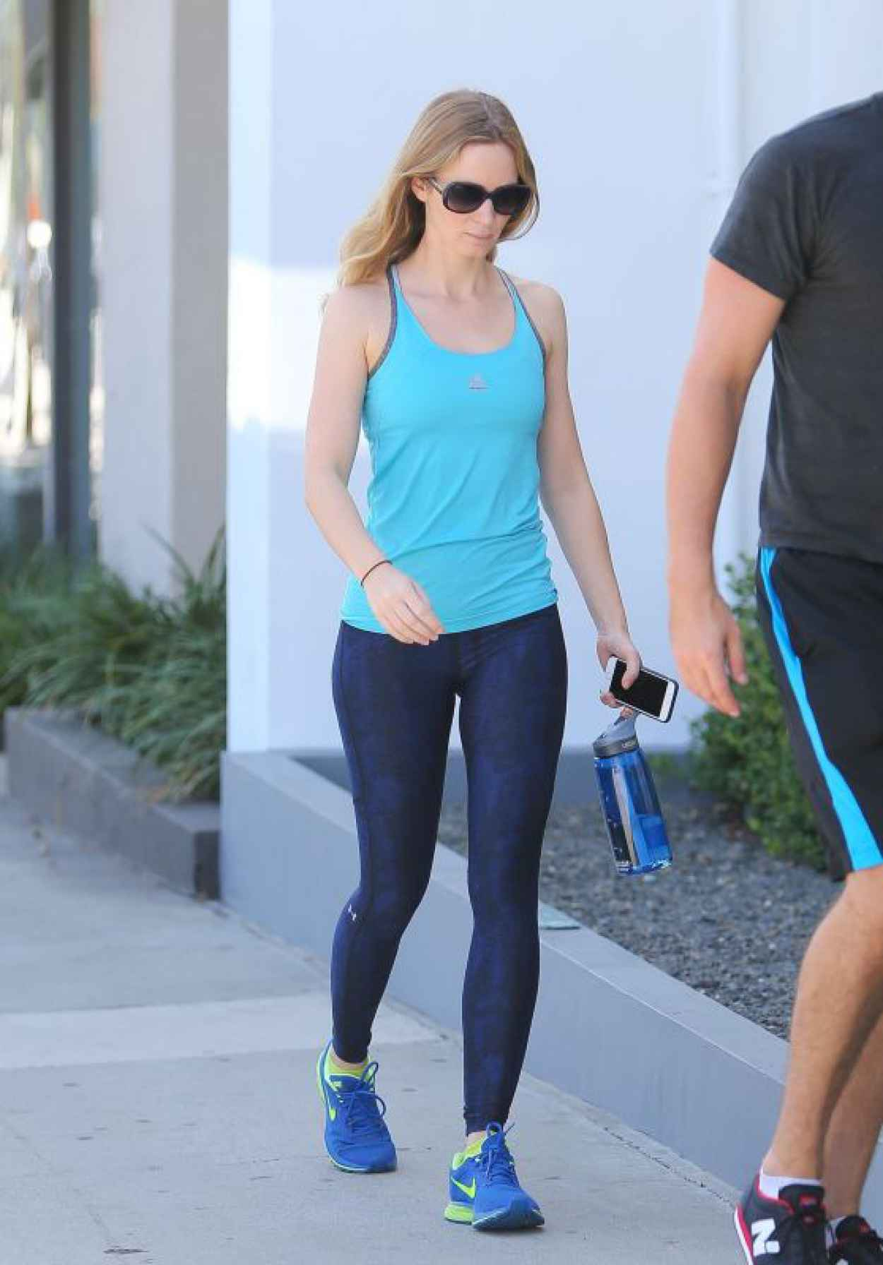 Emily Blunt Booty in Tights at a Gym in West Hollywood - August 2015-1