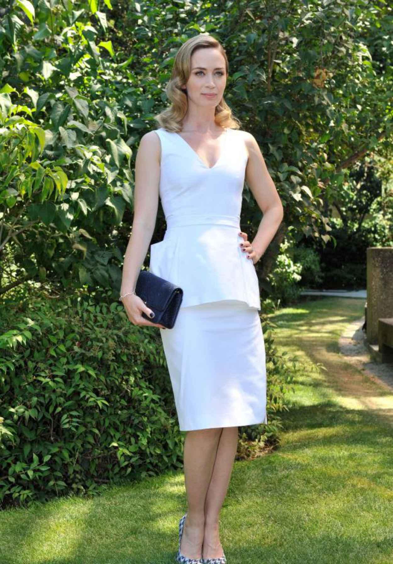 Emily Blunt - Christian Dior Fashion Show in Paris, July 2015-1