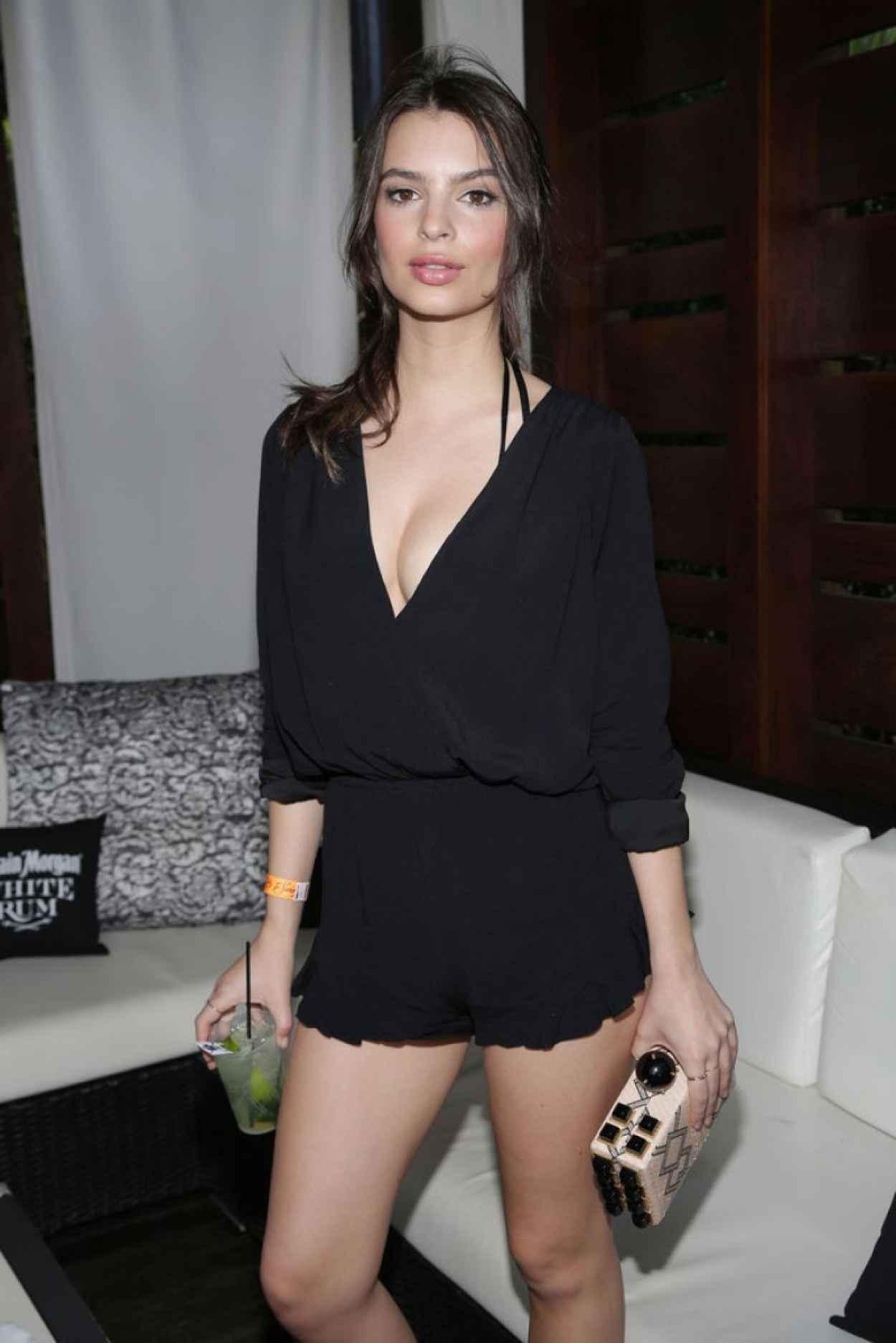 Emily Ratajkowski - Captain Morgan Celebrates SI Swimsuit-s 50th Anniversary in Miami (2014)-1