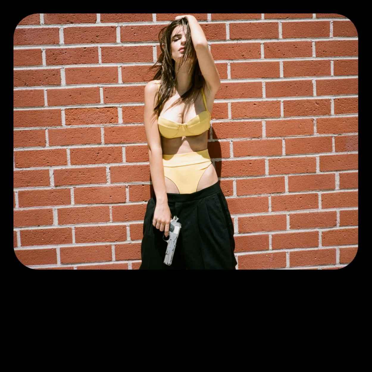 Emily Ratajkowski - Minimale Animale -Point Dume- Spring 2015 Campaign-1