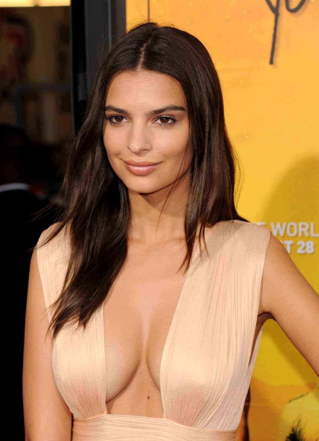 Big natural cleavage pics
