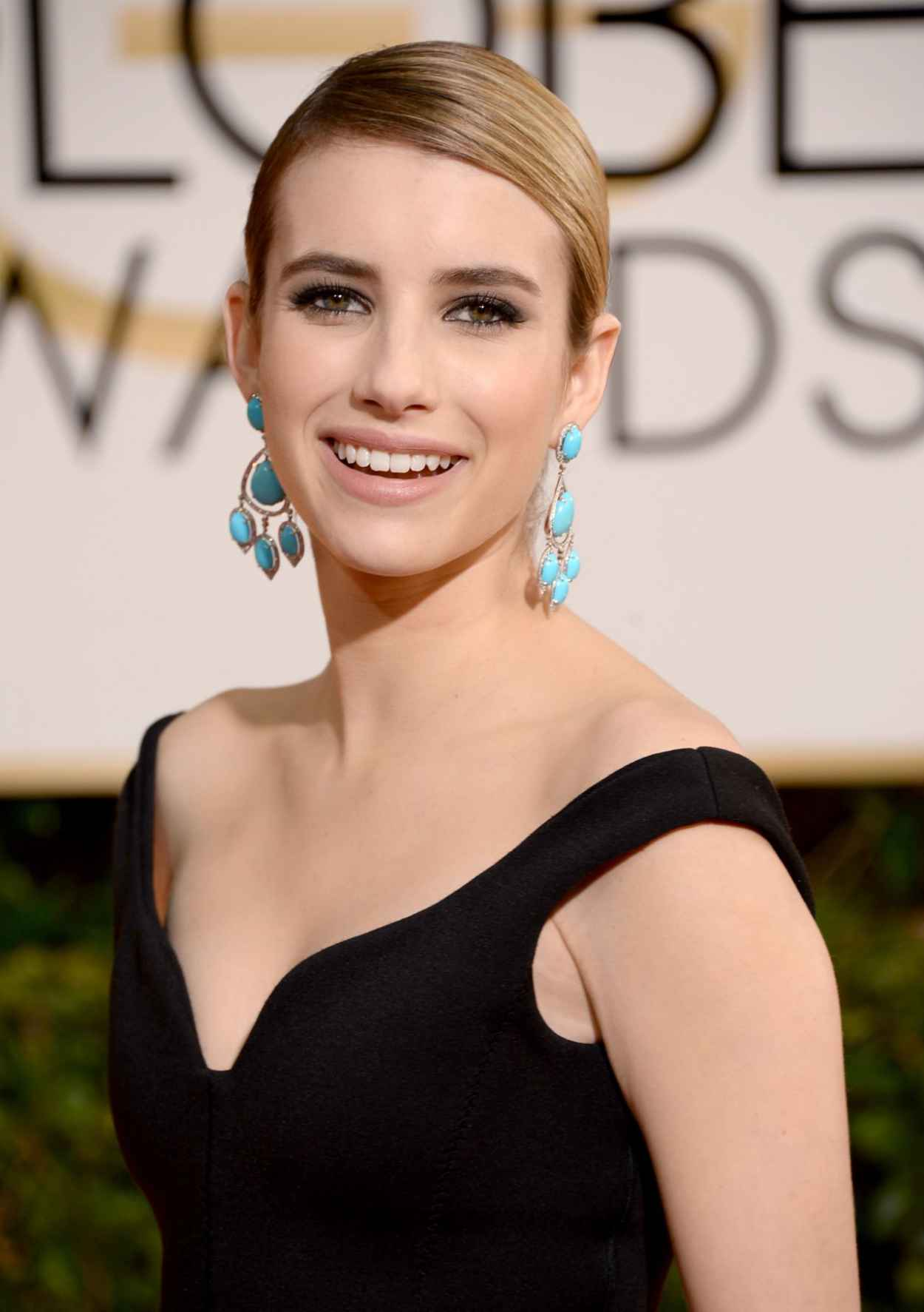 Emma Roberts - 2015 Golden Globe Awards in Beverly Hills-1