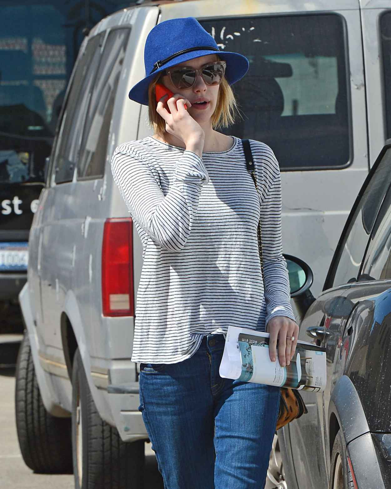 Emma Roberts in Jeans - Out and About in Los Angeles, March 2015-1