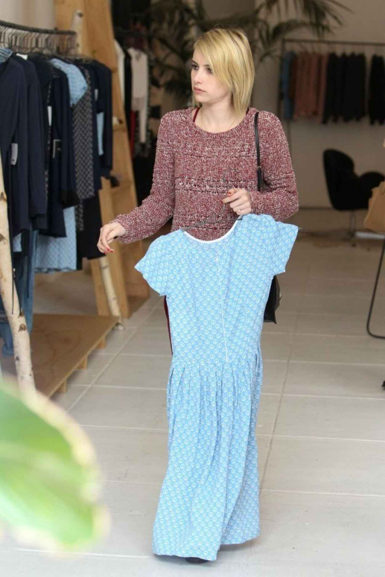 Emma Roberts Out For Shopping, January 2015-1