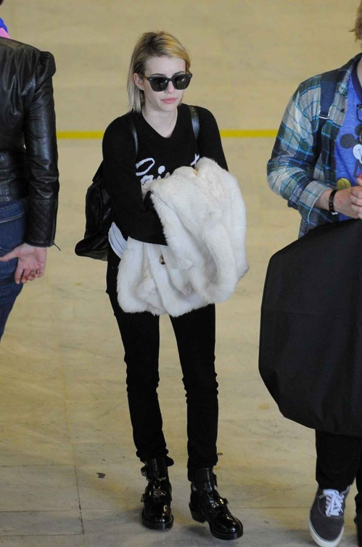 Emma Roberts Street Style - Charles De Gaulle Airport in France, February 2015-1