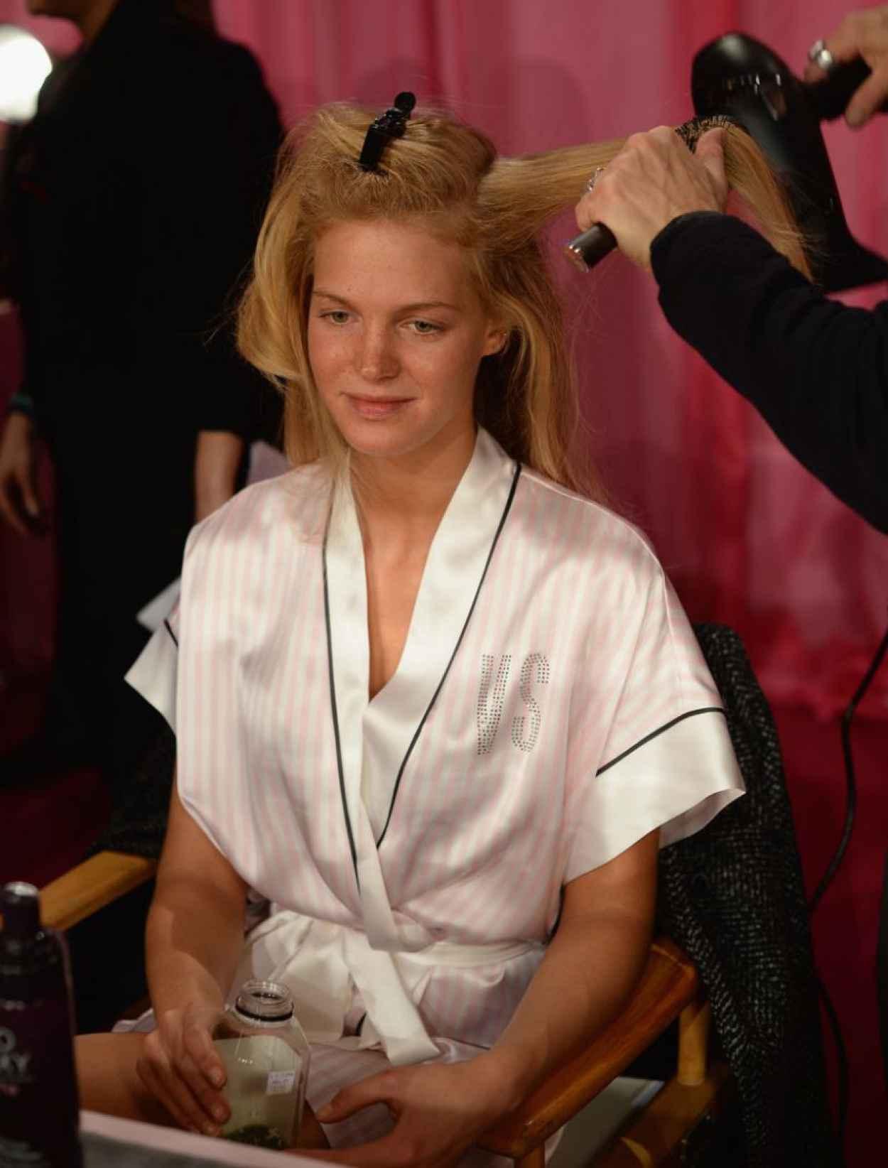 Erin Heatherton - Backstage Victoria-s Secret Fashion Show in New York City-1
