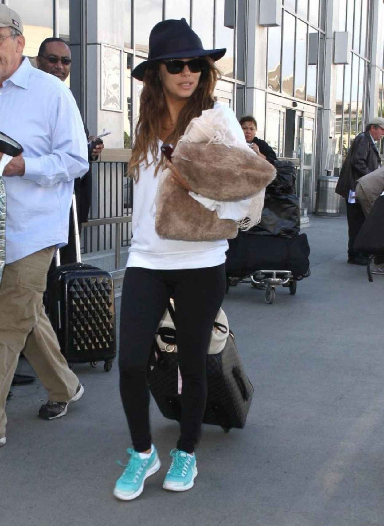 Eva Longoria Street Style - Lax Arrival Candids in Los Angeles-3