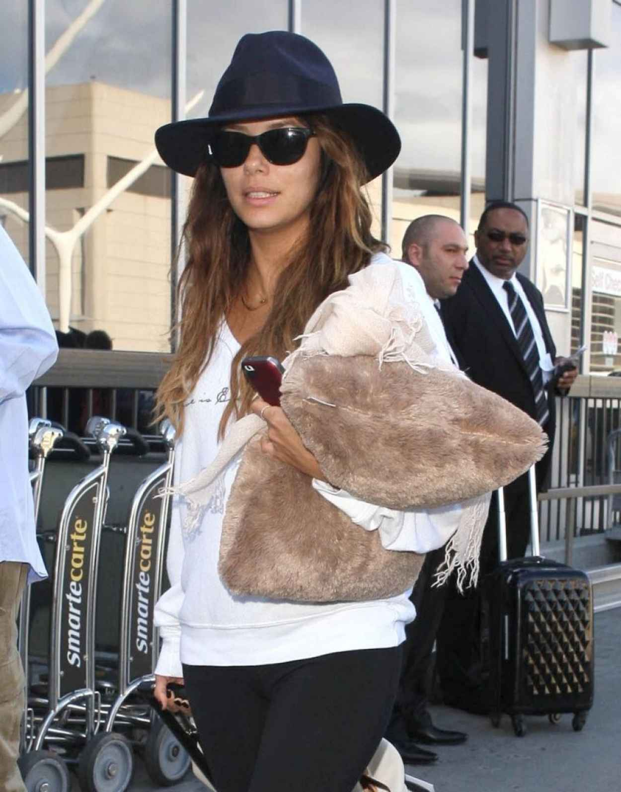 Eva Longoria Street Style - Lax Arrival Candids in Los Angeles-1