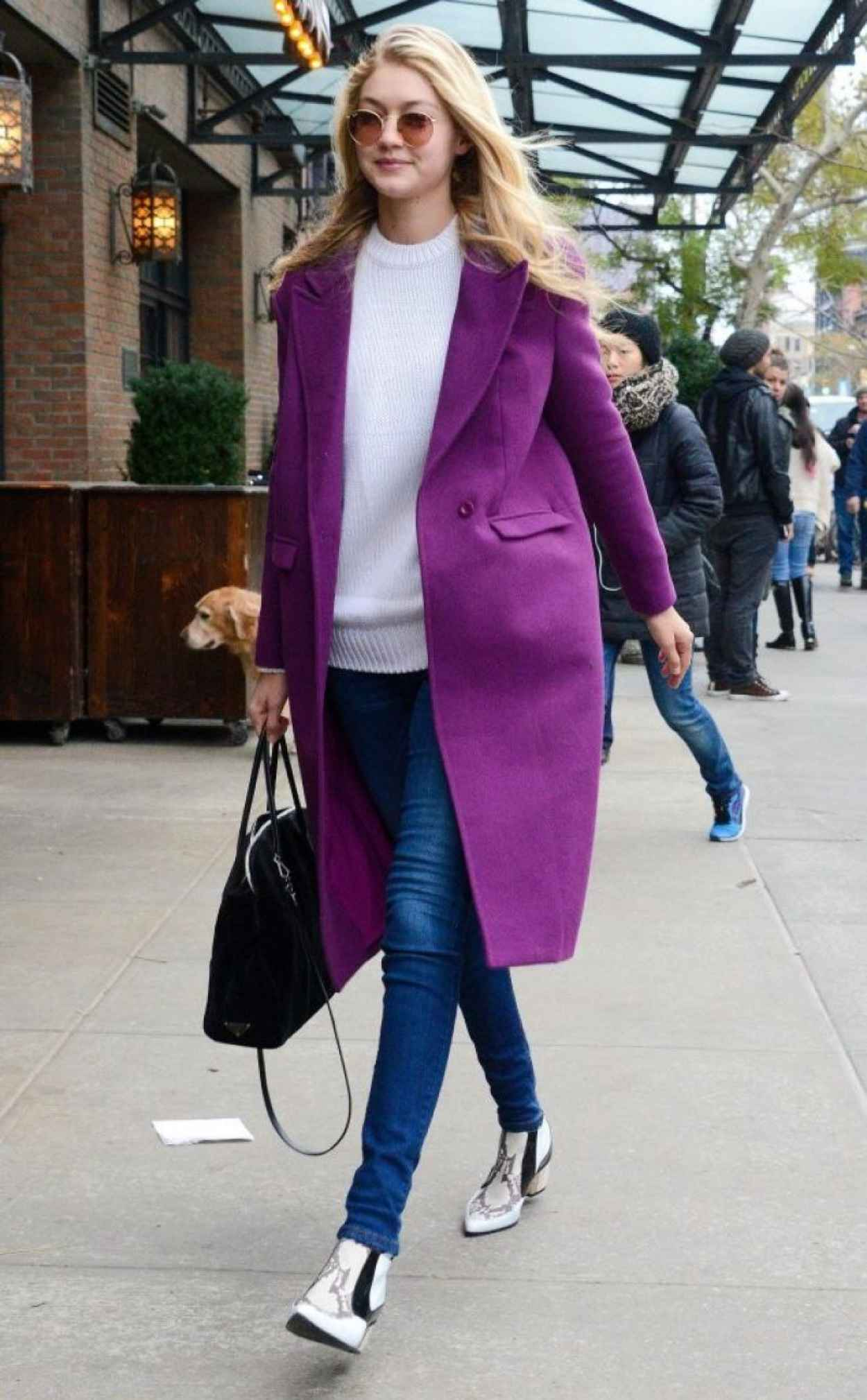 Gigi Hadid Street Fashion - Out for Lunch in New York City - November 2015-1