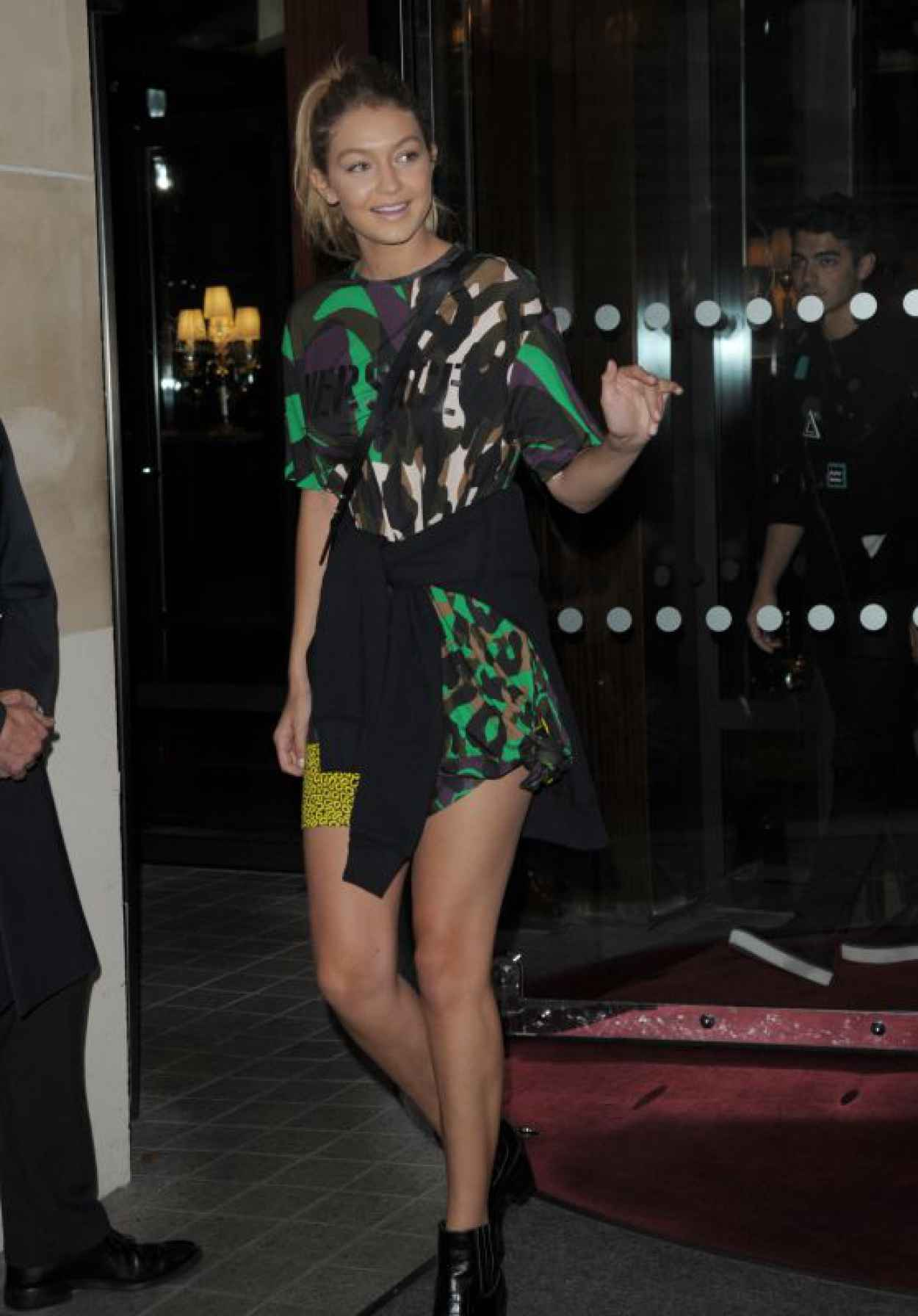Gigi Hadid Style -Leaving a Hotel in Milan, Italy, September 2015-1