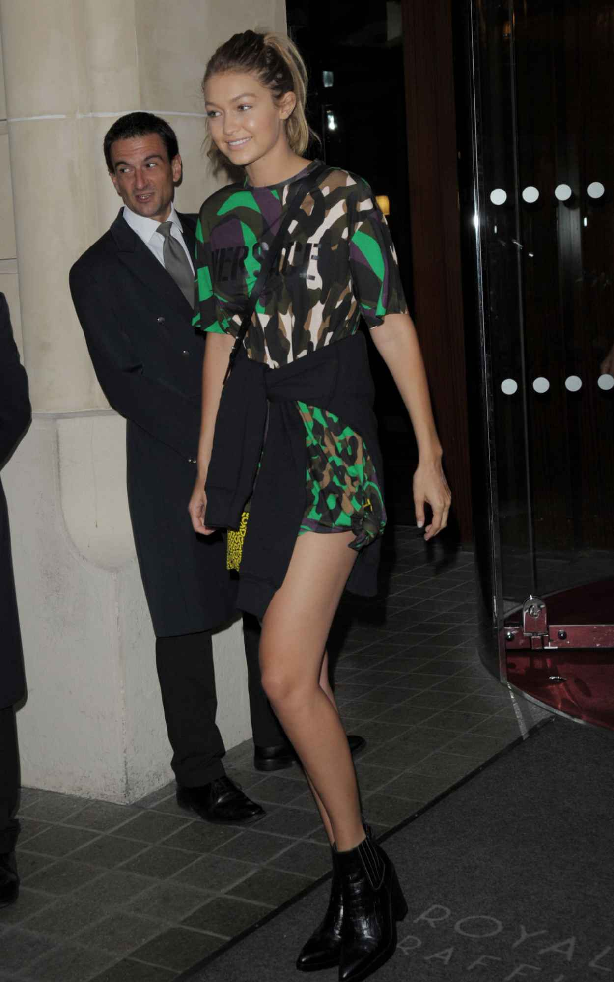 Gigi Hadid Style -Leaving a Hotel in Milan, Italy, September 2015-3