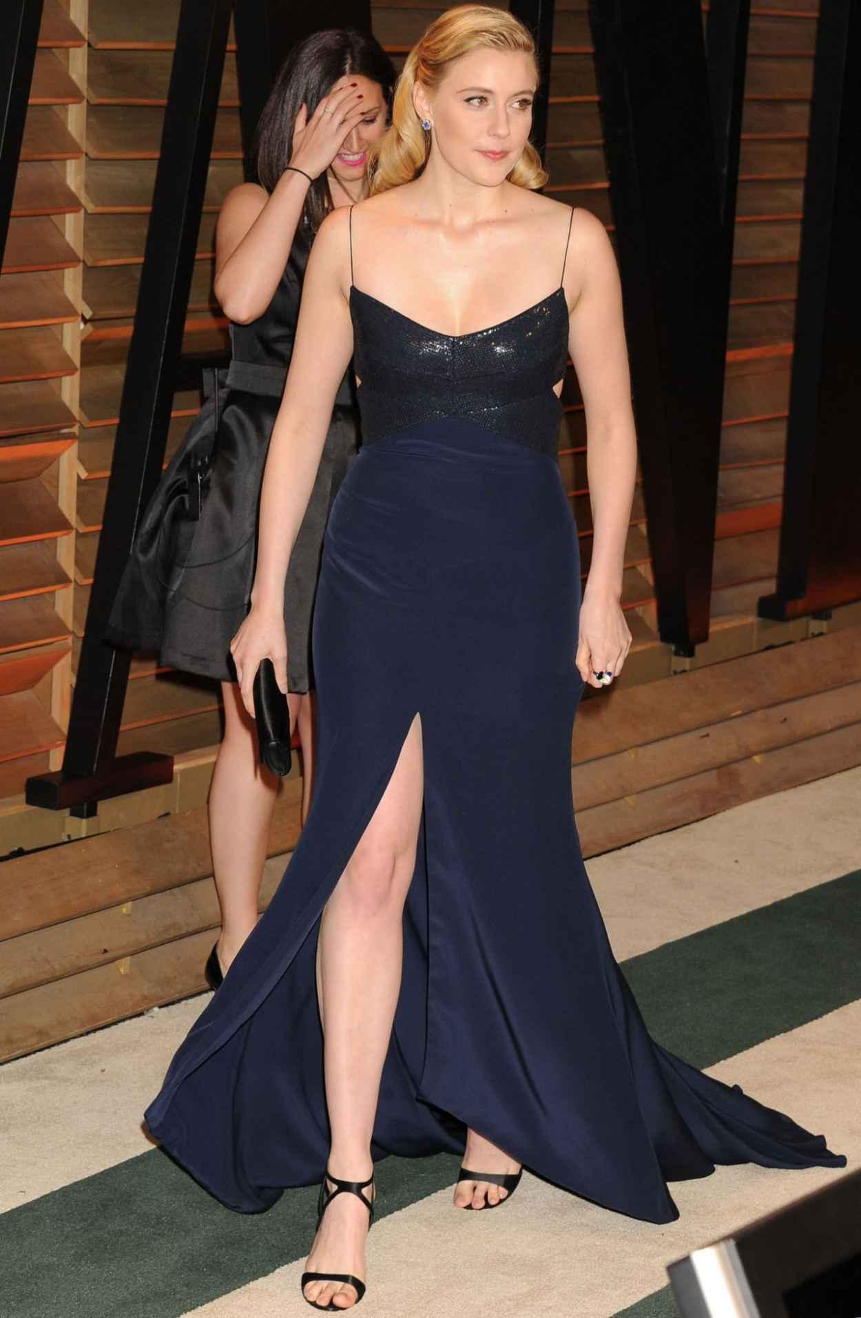 Greta Gerwig - 2015 Vanity Fair Oscar Party-3
